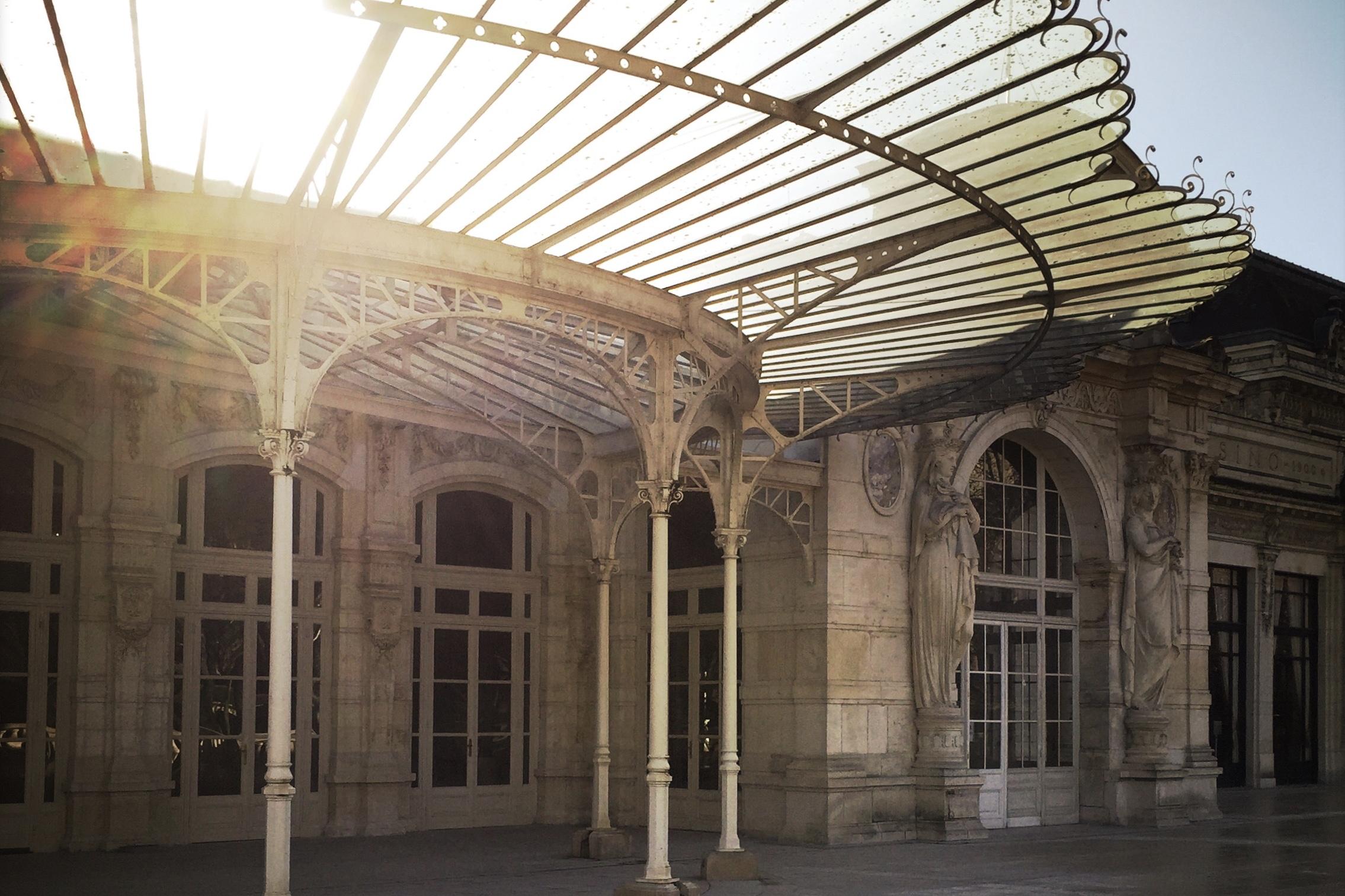 To DoÀ visiter… - Vichy, Moulins, Clermont-Ferrand, Montluçon, les villes, ses musées, great musea, la campagne, the cities, the country side, l'Allier, l'Auvergne, perfect restaurants, good food, nice people...enjoy...