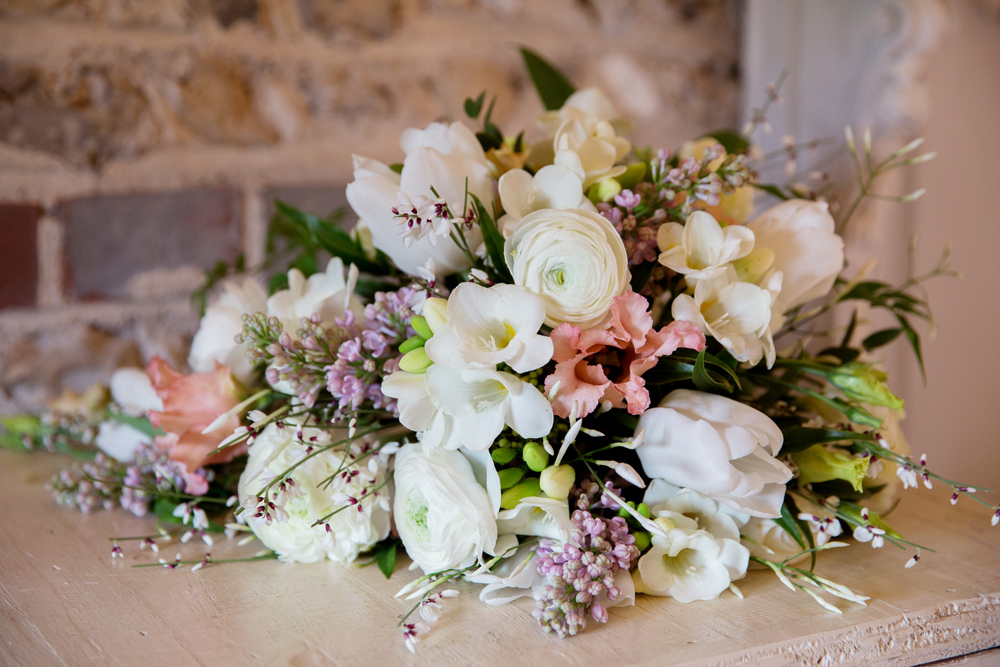 wedding flowers, winter wedding at Upwaltham Barns by Helen England Photography, Kent