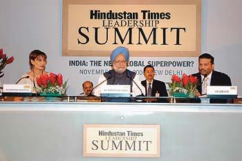 glitterati_hindustan_times_summit_20061204.jpg