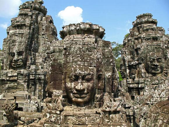 ruins-bayon.jpg