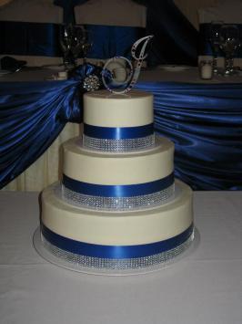 Photo by Mitchel's Cake & Dessert Company