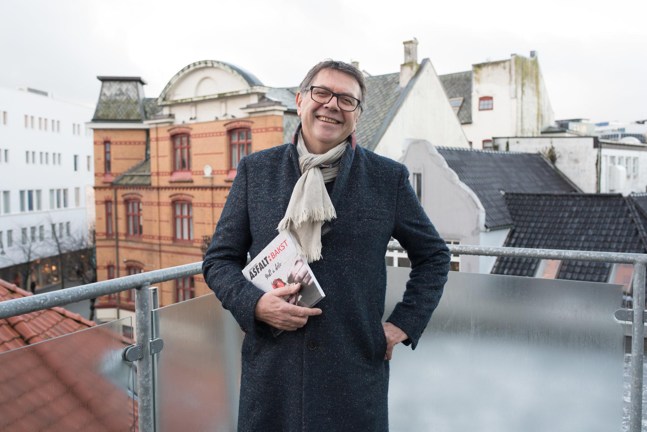 INSPIRERT: Svein Erik Reienes ble svært berørt av et møte med en selger i Stavanger. Møtet resulterte i et dikt.