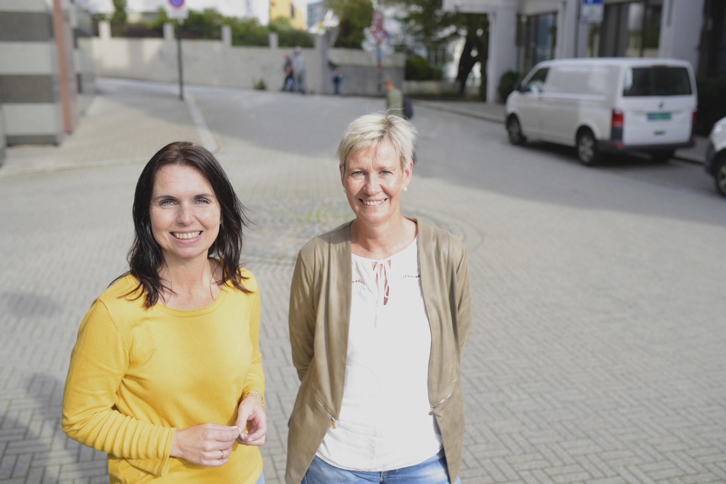Marte Kristin Helle og Sigrid Dalaker.