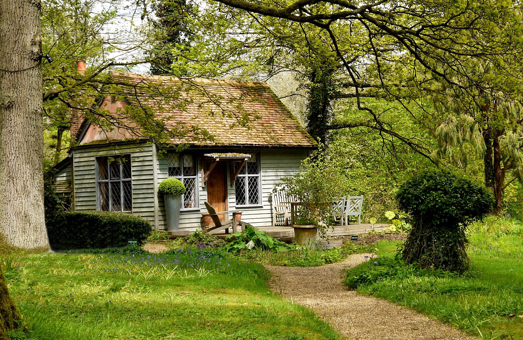 Summer House 1.jpg