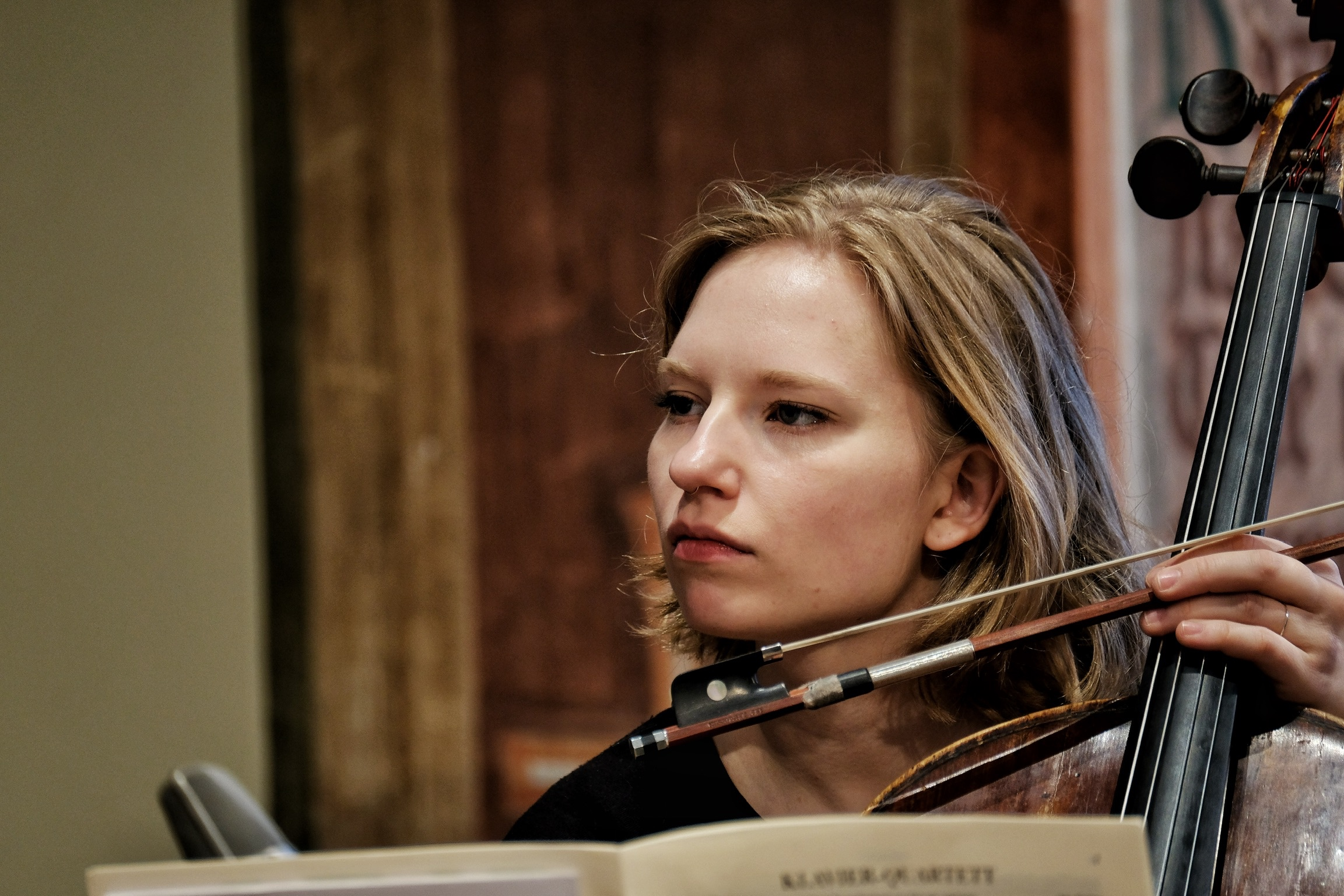 Kristina Winiarski, cello