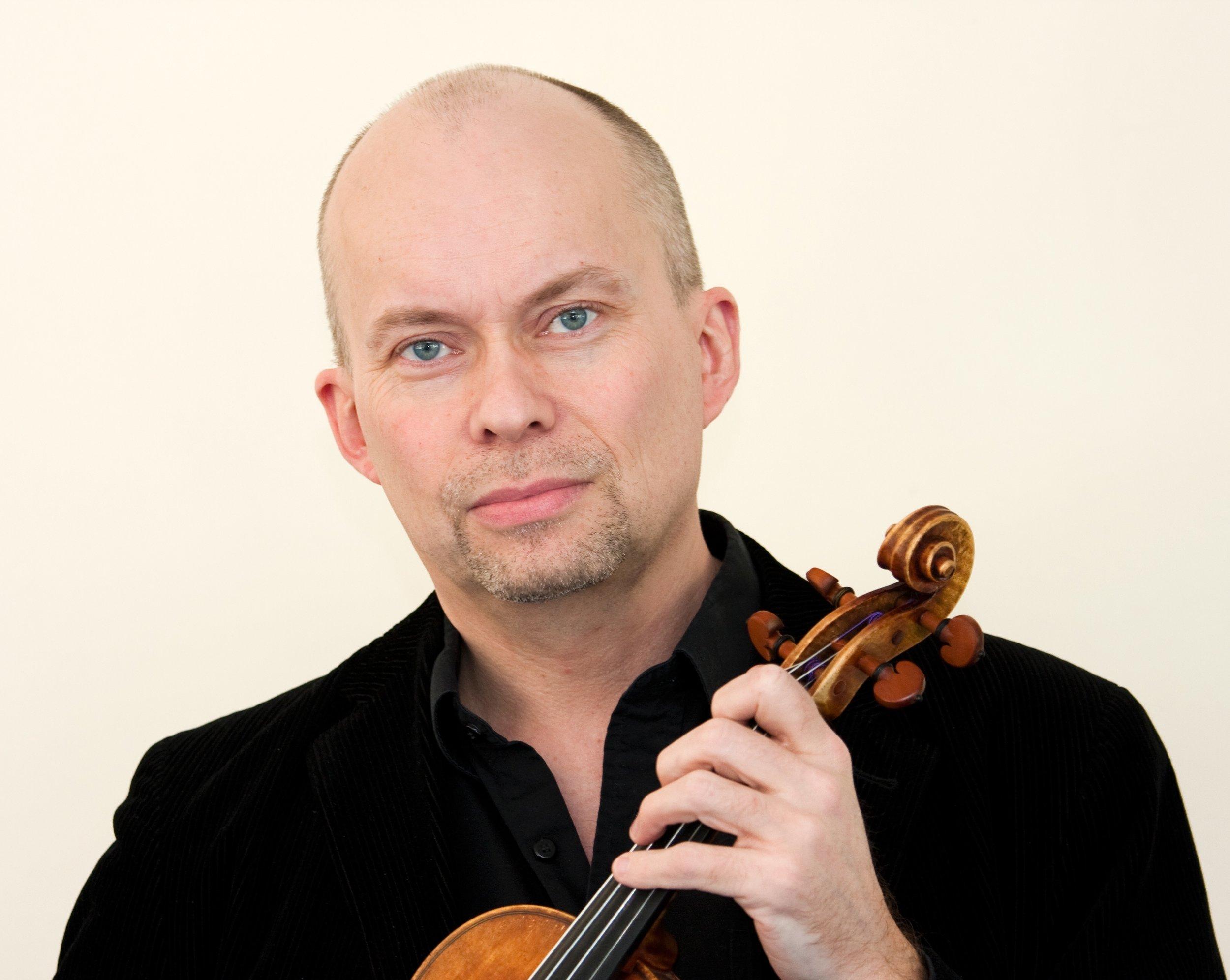 Christian Bergqvist, violin