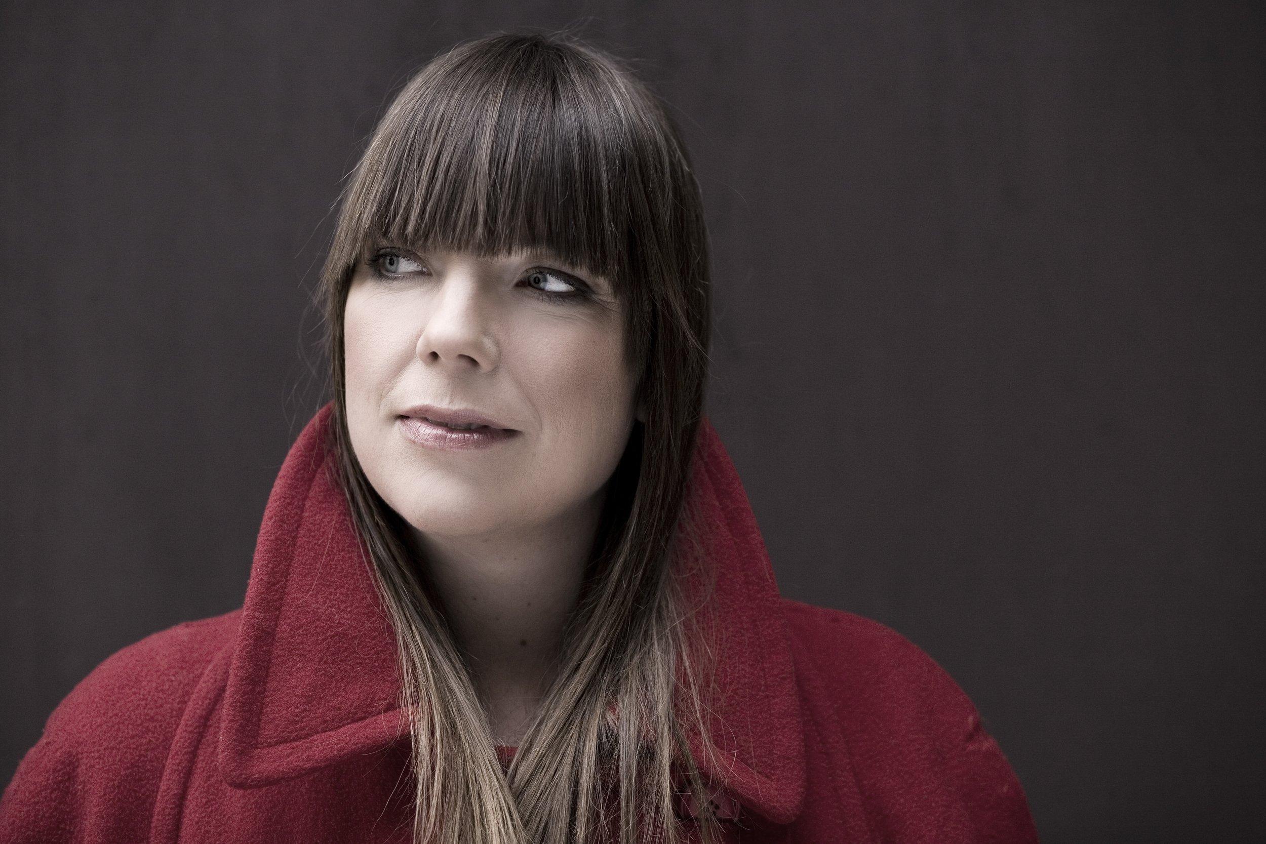Josefine Cronholm, sång