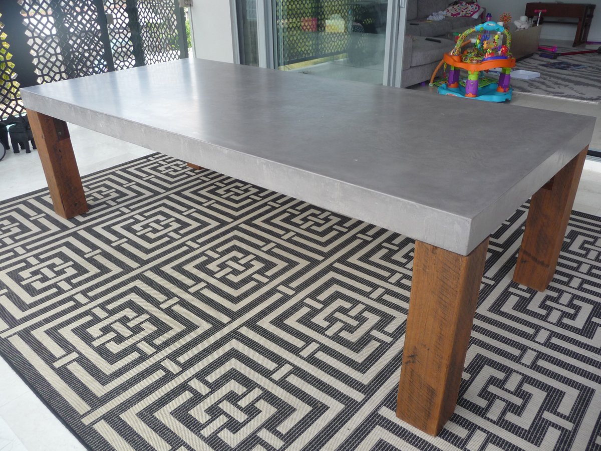 Concrete_Dining_Table_2.jpg