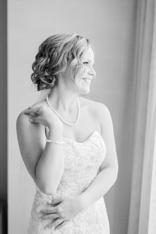 via-vecchia-winery-wedding-columbus-ohio-24.jpg