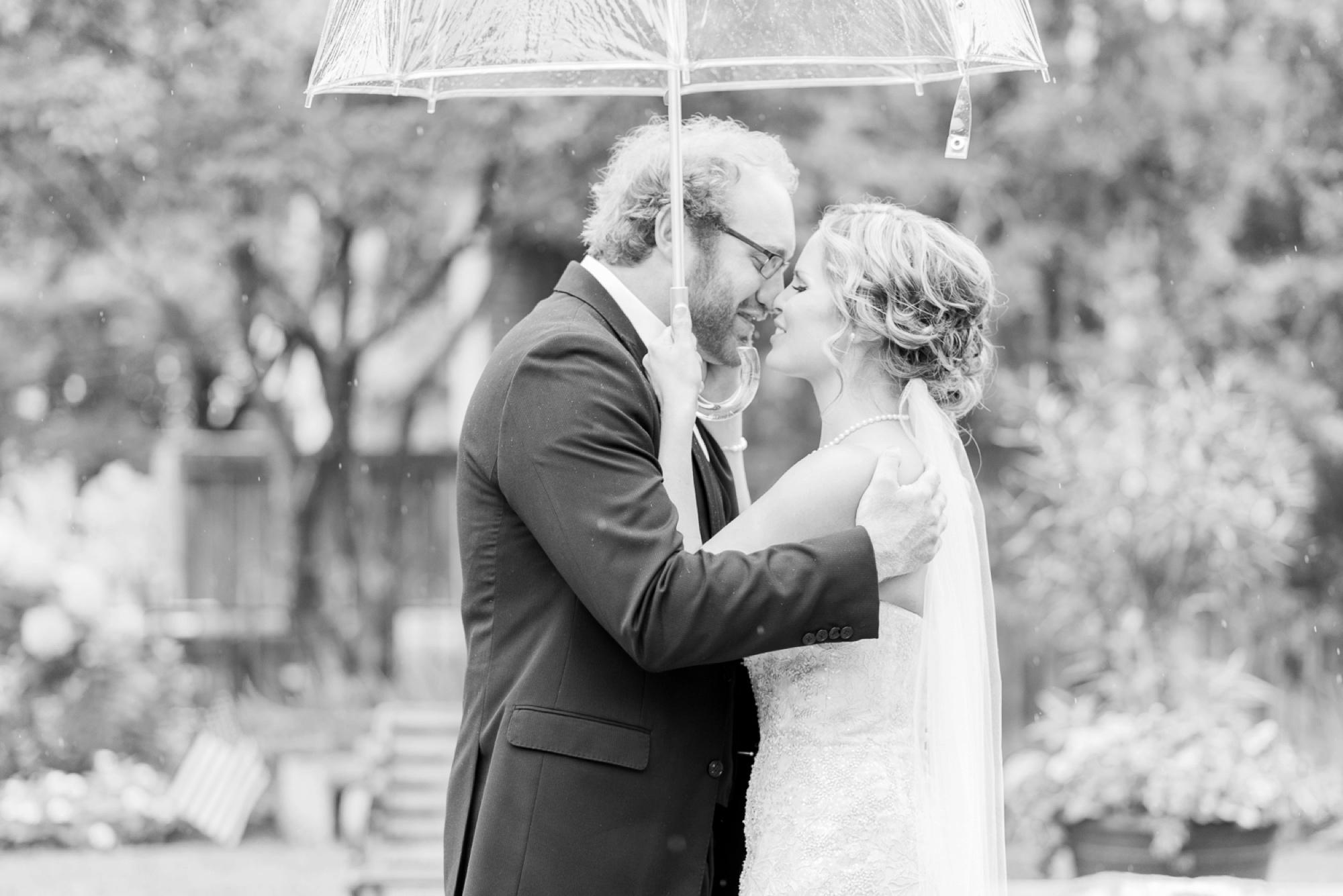 via-vecchia-winery-wedding-columbus-ohio-31.jpg