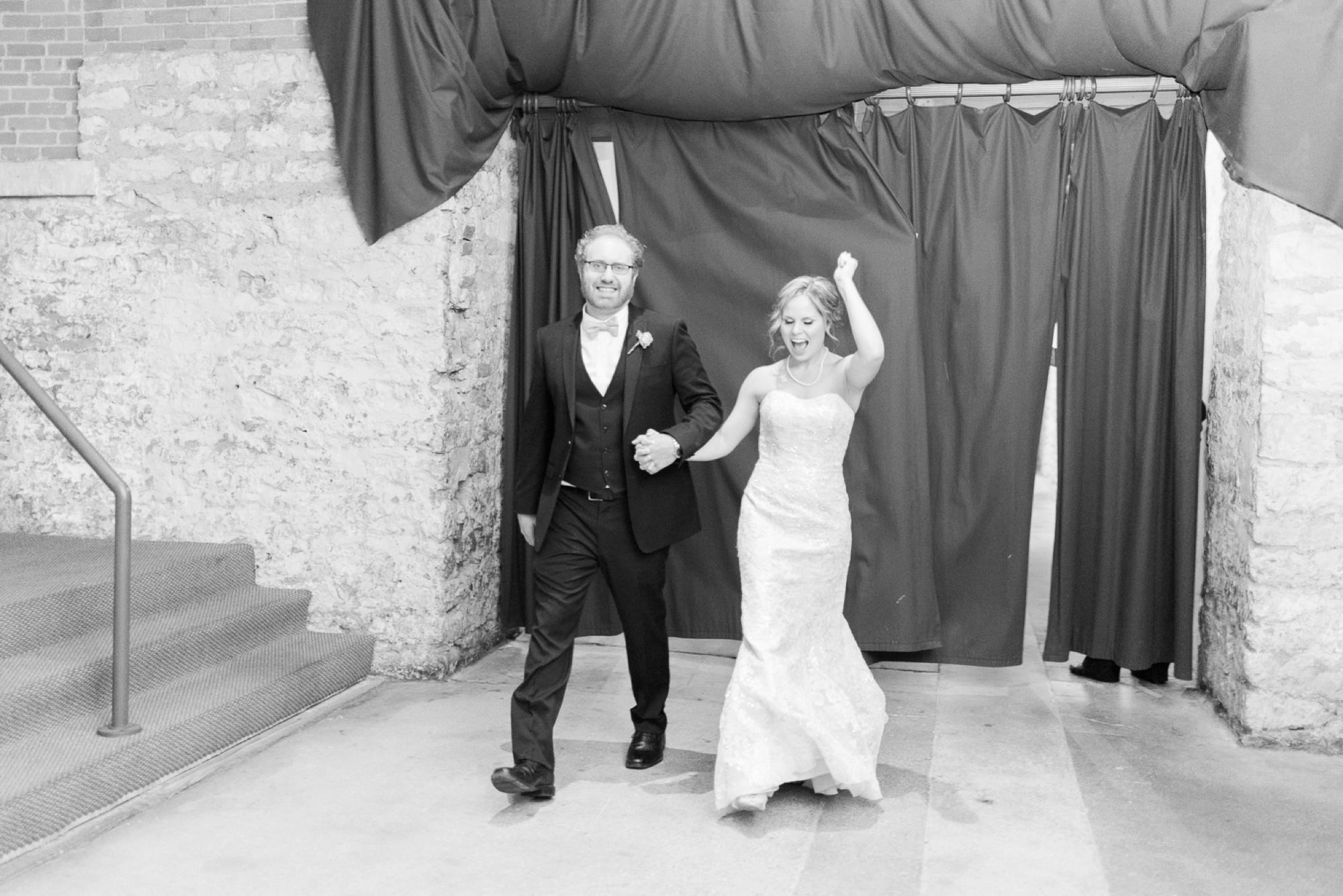 via-vecchia-winery-wedding-columbus-ohio-101.jpg