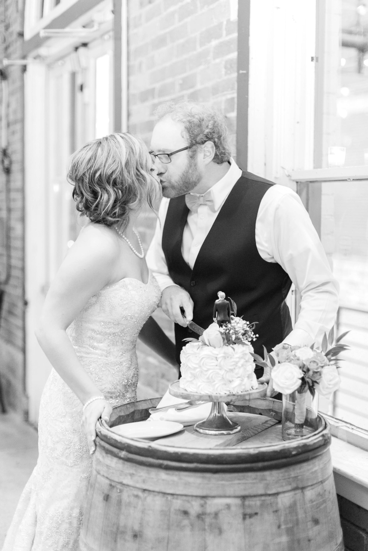 via-vecchia-winery-wedding-columbus-ohio-108.jpg