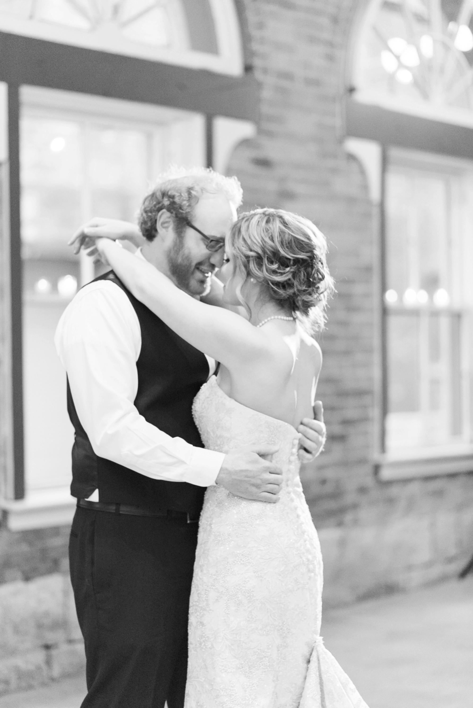 via-vecchia-winery-wedding-columbus-ohio-111.jpg