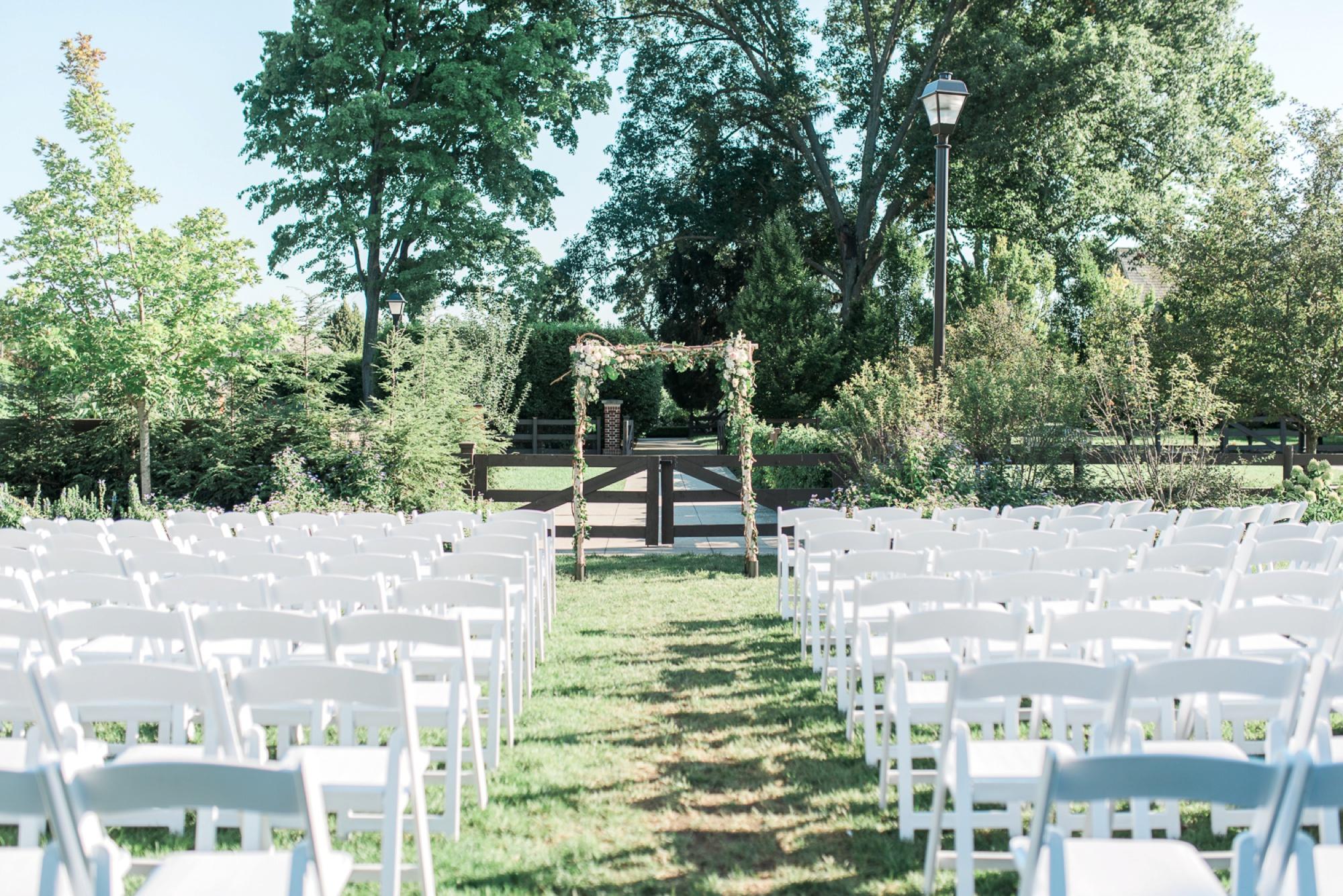 wells-barn-wedding-at-franklin-park-conservatory-40.jpg