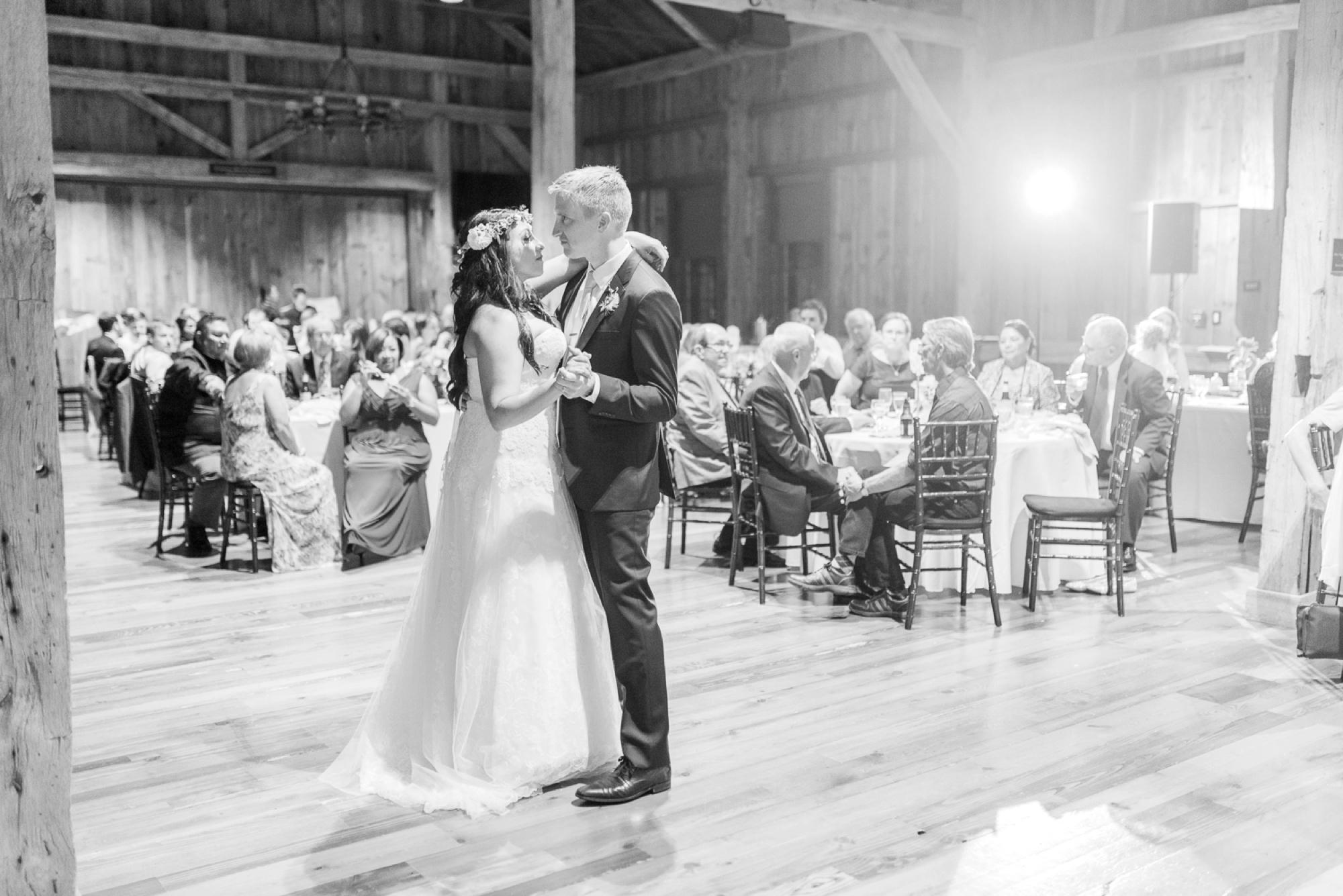 wells-barn-wedding-at-franklin-park-conservatory-127.jpg