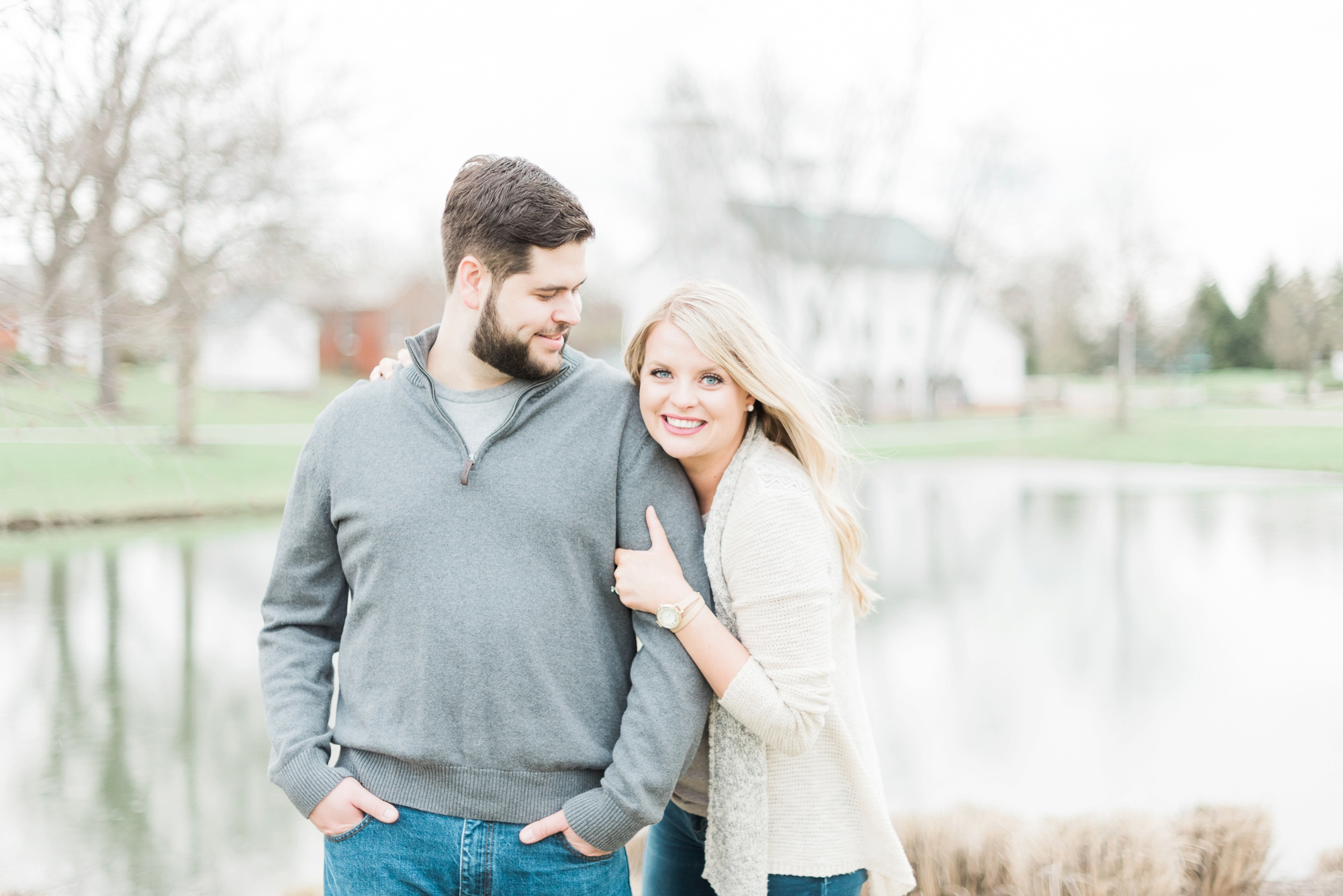 everal-barn-homestead-westerville-ohio-engagement-40.jpg