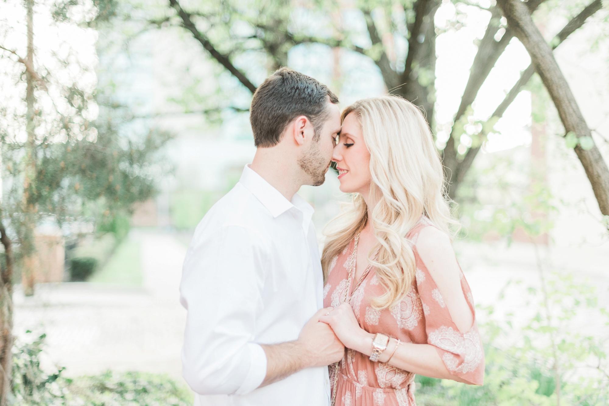 german-village-engagement-session-columbus-ohio-wedding-photographer-41.jpg