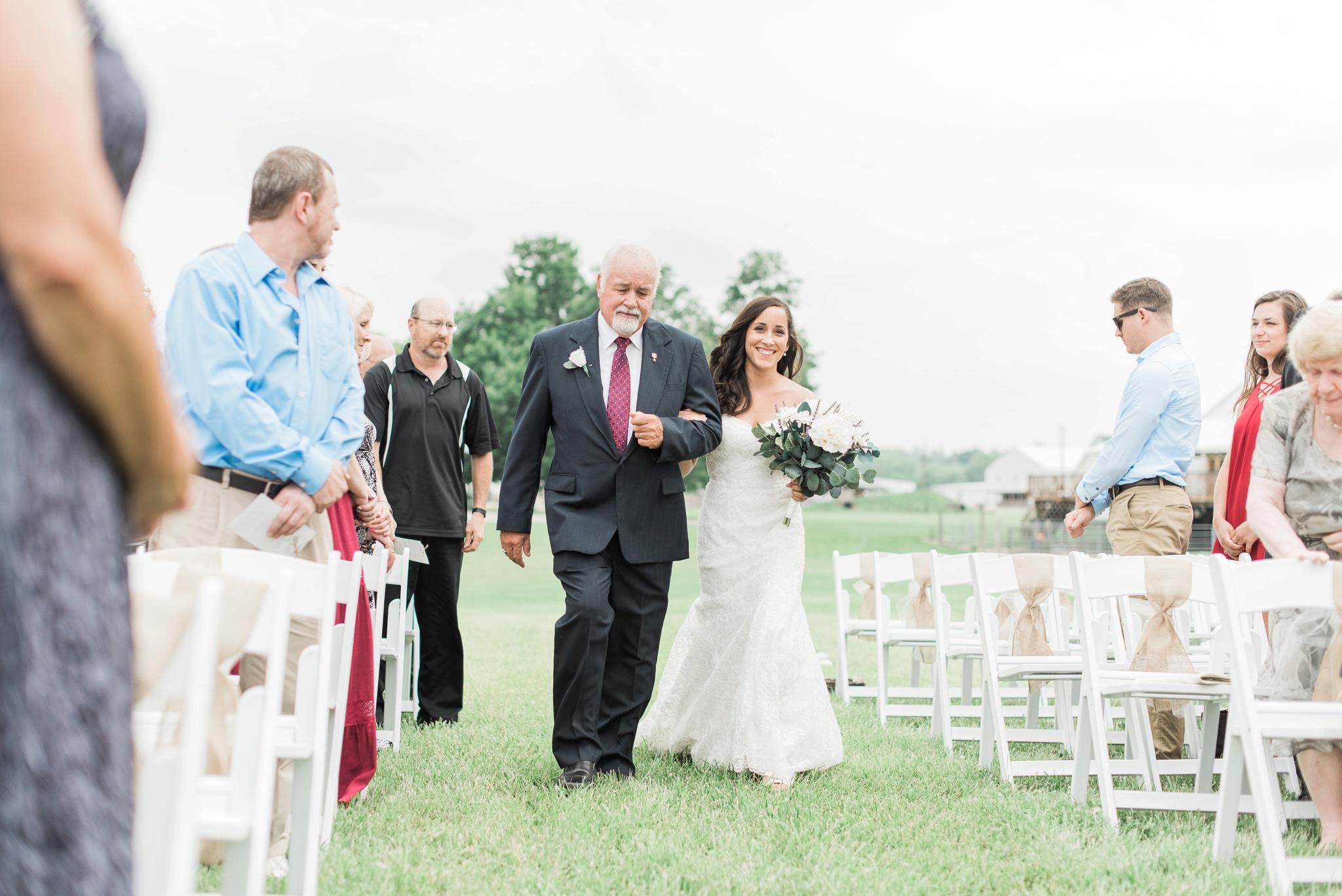 niederman-farm-wedding-cincinnati-ohio-photographer_0055.jpg