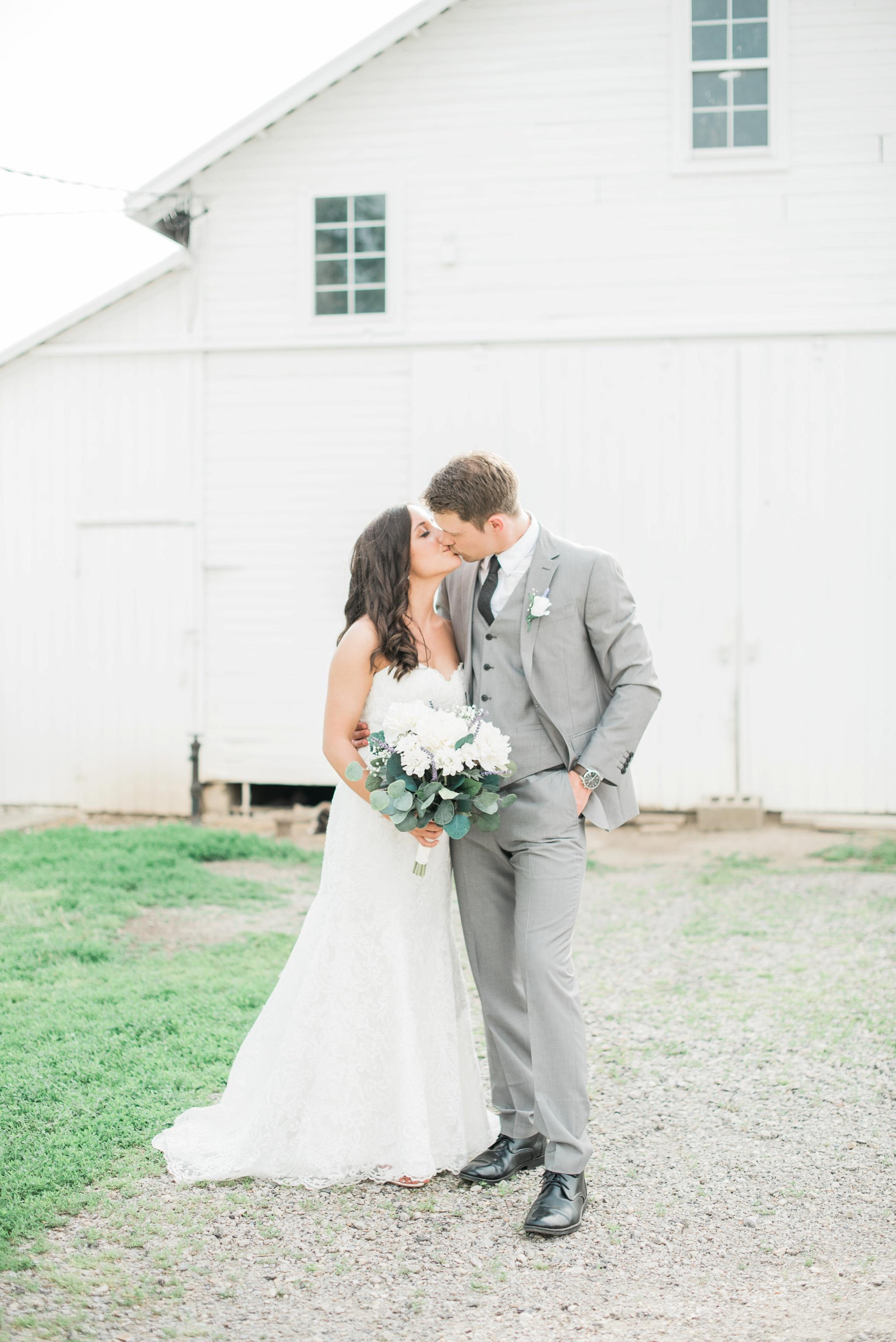 niederman-farm-wedding-cincinnati-ohio-photographer_0072.jpg