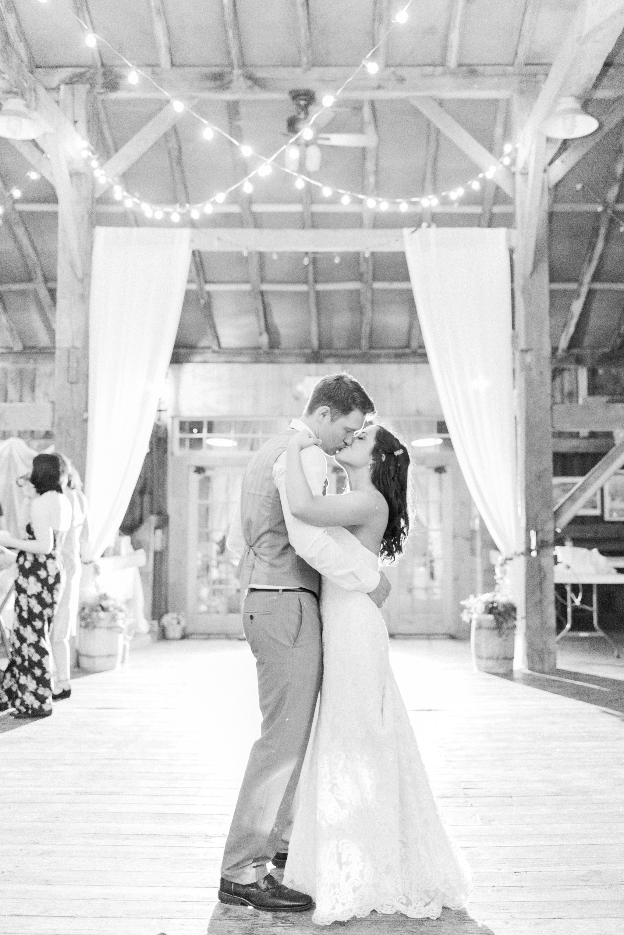 niederman-farm-wedding-cincinnati-ohio-photographer_0103.jpg