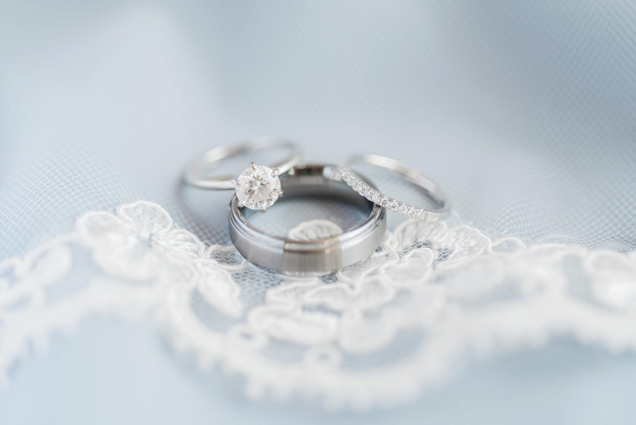 sunbury-ohio-wedding-hannah-johnathan_0005.jpg