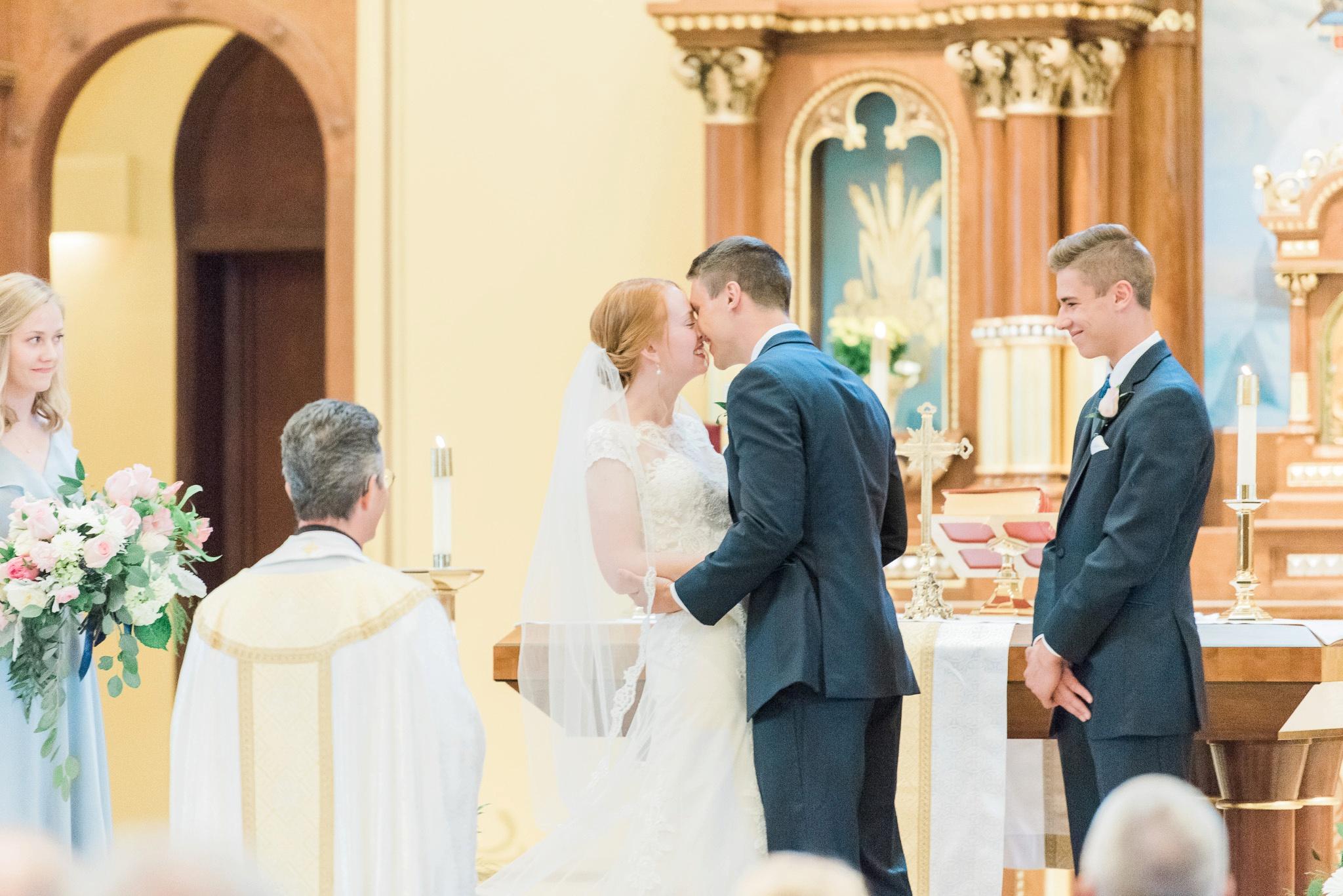 sunbury-ohio-wedding-hannah-johnathan_0028.jpg