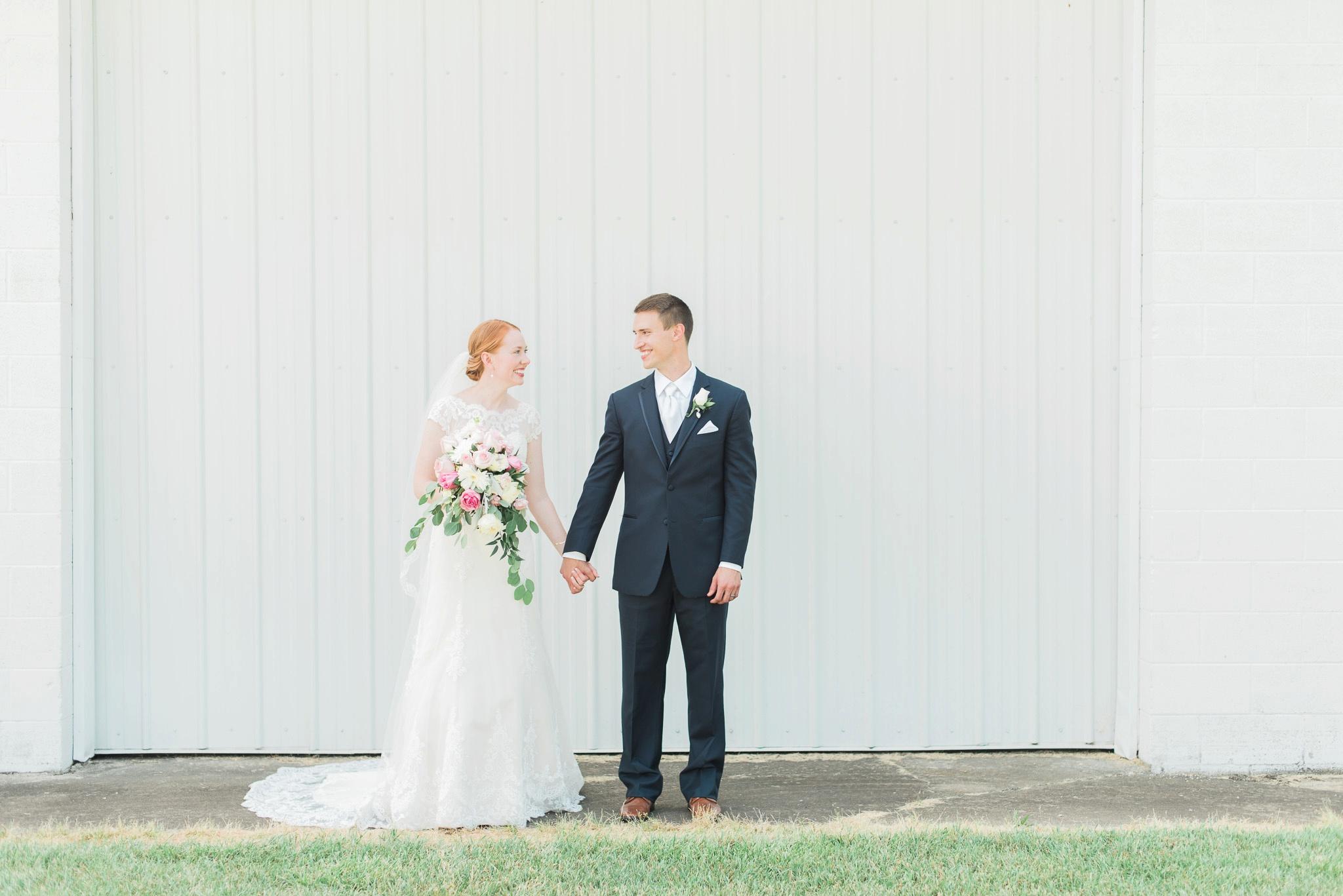 sunbury-ohio-wedding-hannah-johnathan_0076.jpg