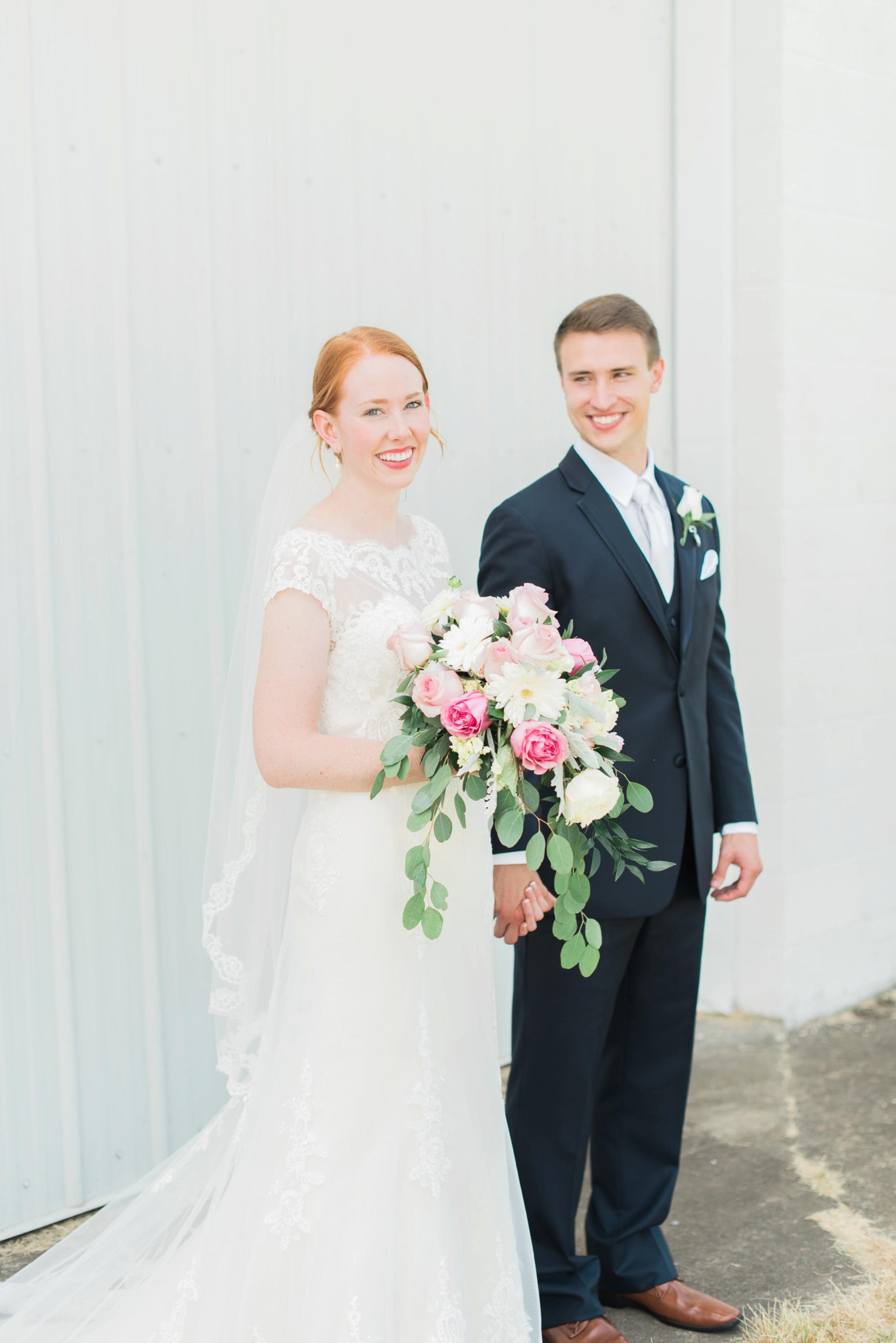 sunbury-ohio-wedding-hannah-johnathan_0101.jpg