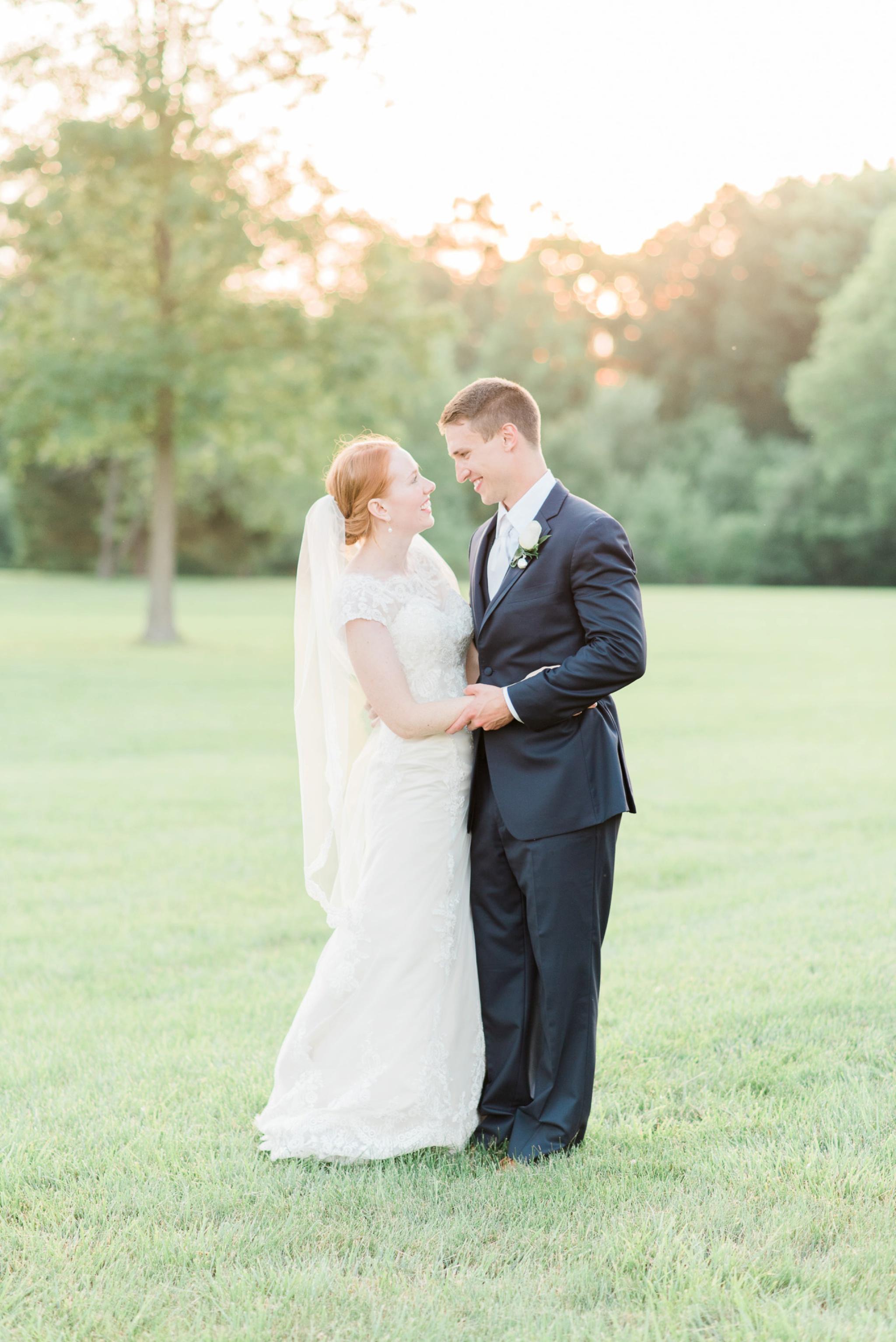 sunbury-ohio-wedding-hannah-johnathan_0155.jpg