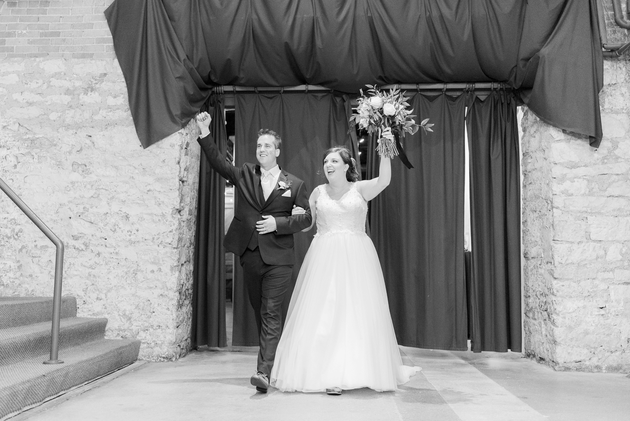 via-vecchia-winery-wedding-columbus-ohio_0150.jpg