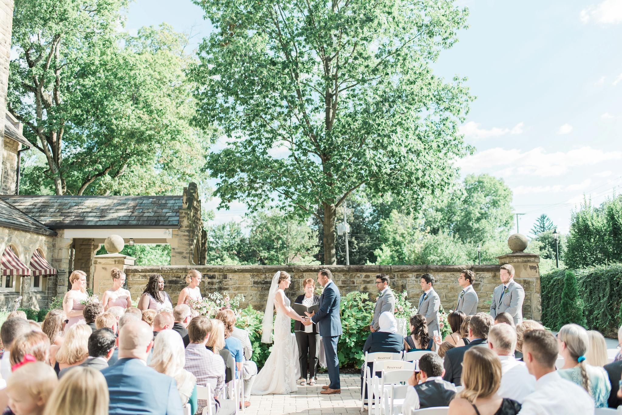 granville-inn-wedding-columbus-ohio-photographer_0041.jpg