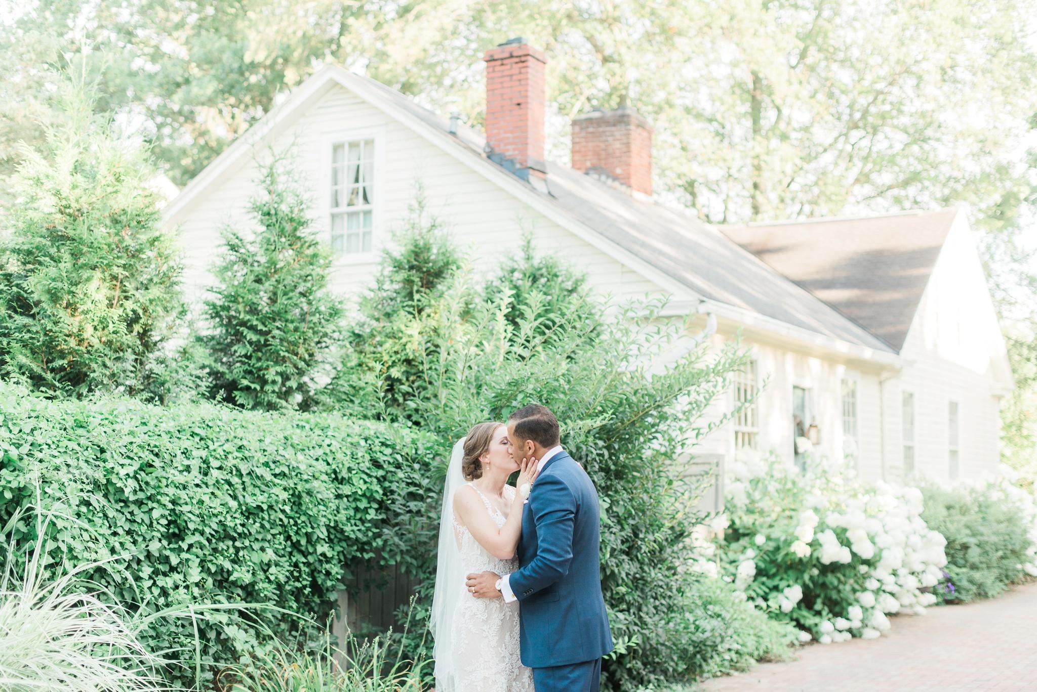 granville-inn-wedding-columbus-ohio-photographer_0087.jpg