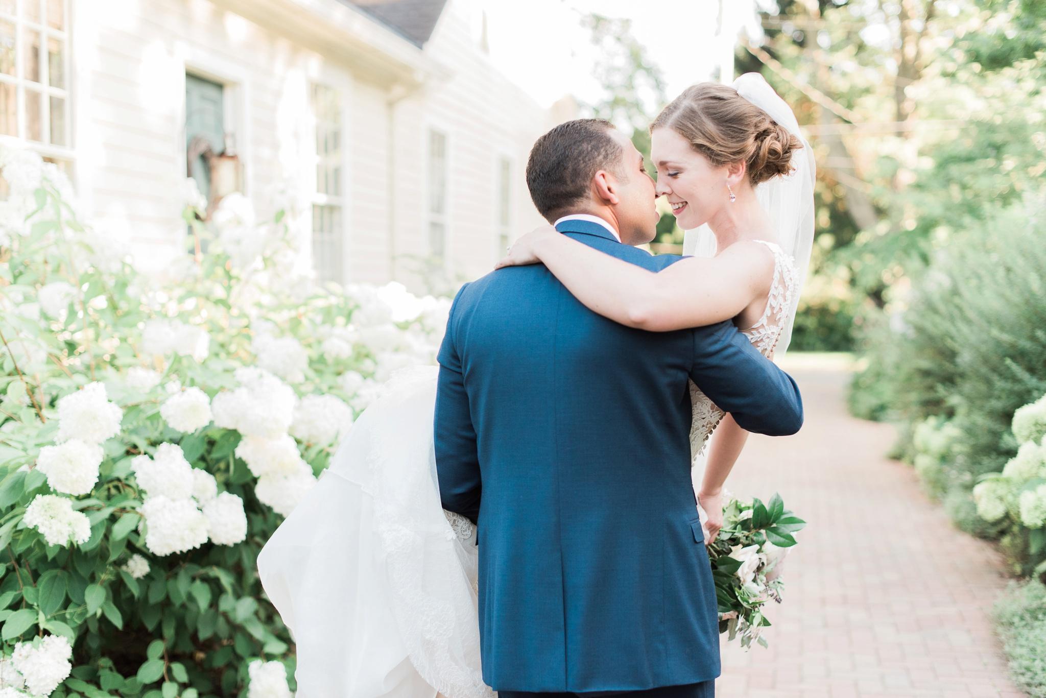 granville-inn-wedding-columbus-ohio-photographer_0095.jpg