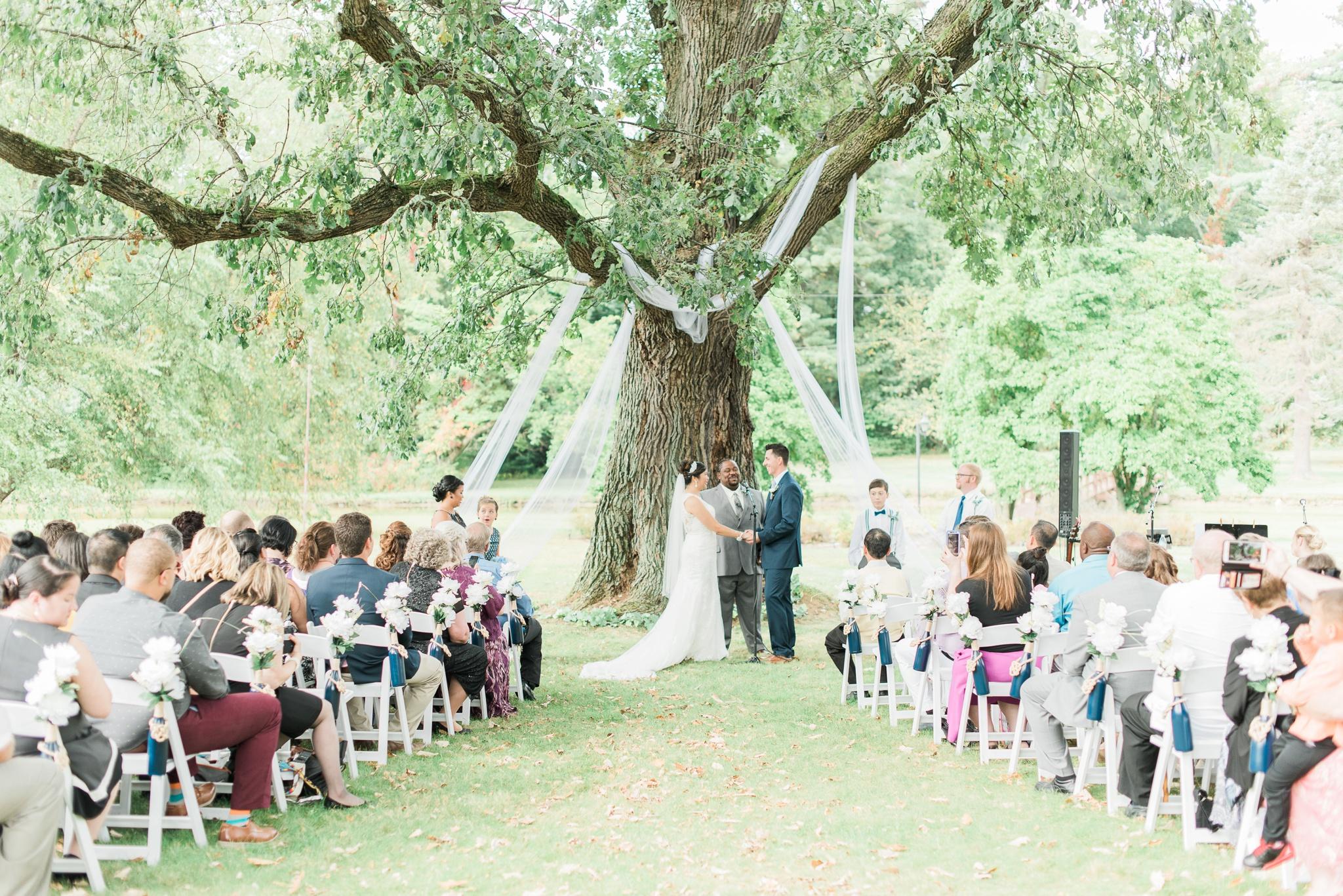 beverly-mansion-wedding-marengo-ohio-photographer_0080.jpg