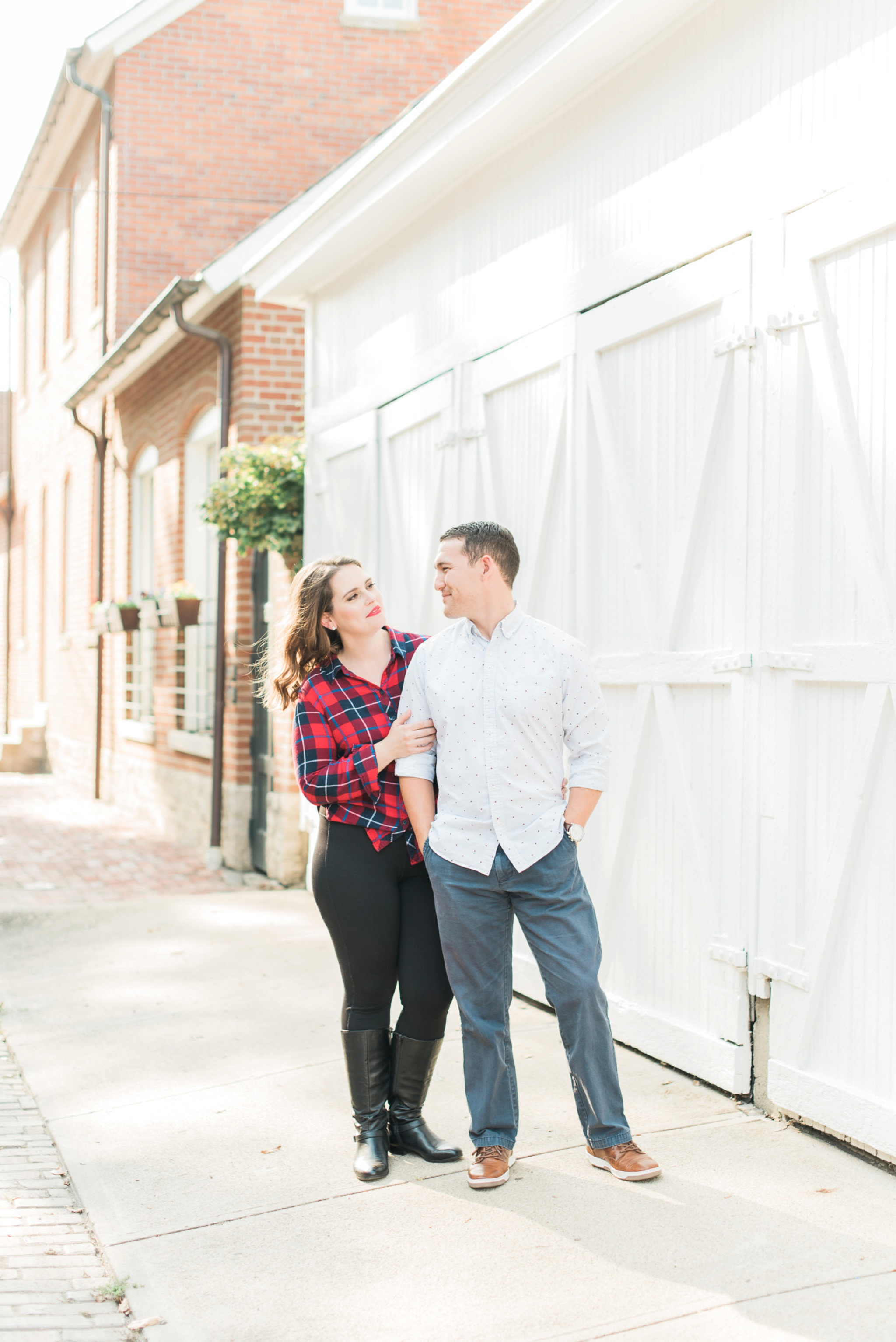 downtown-columbus-german-village-engagement-session-17.jpg