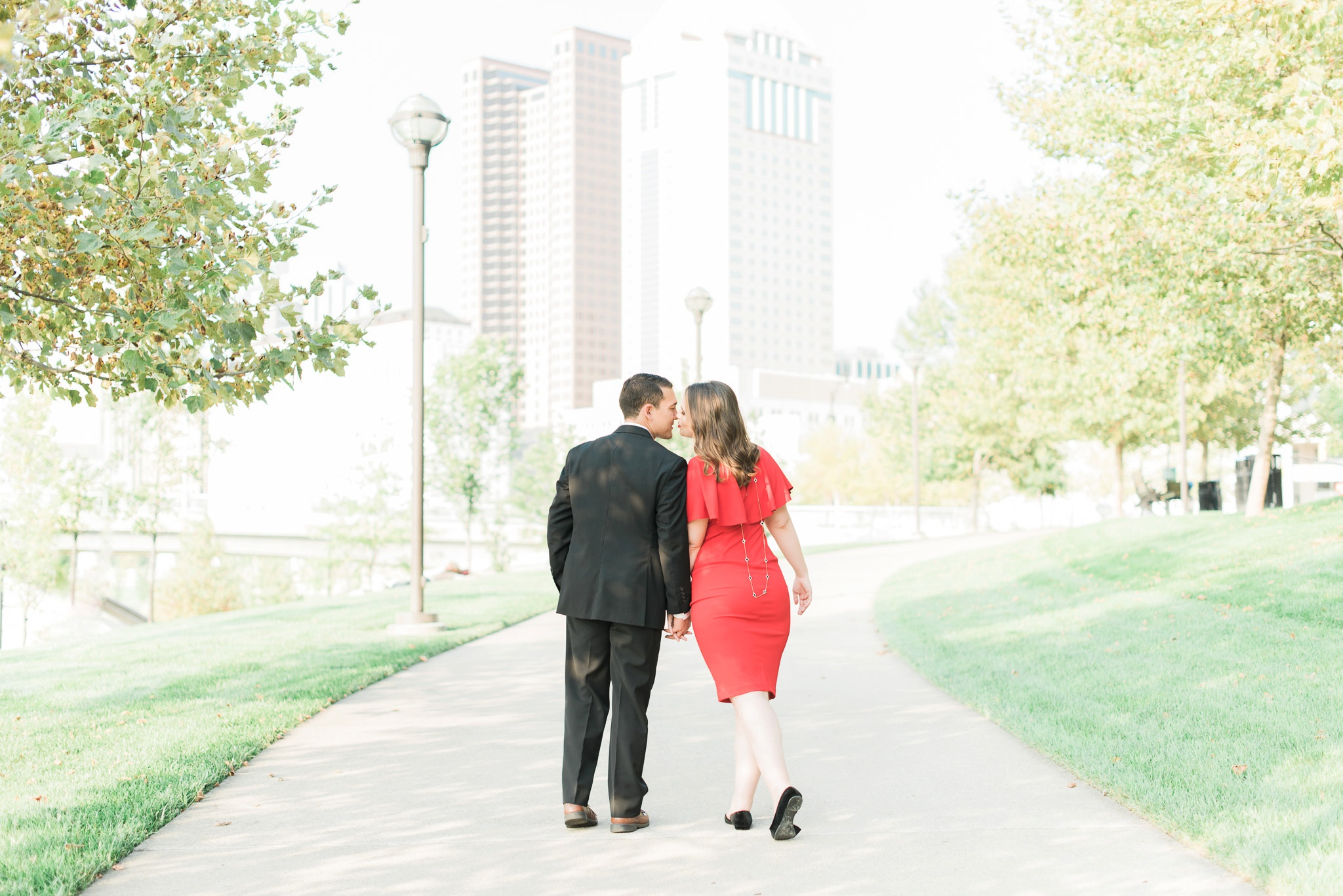 downtown-columbus-german-village-engagement-session-43.jpg