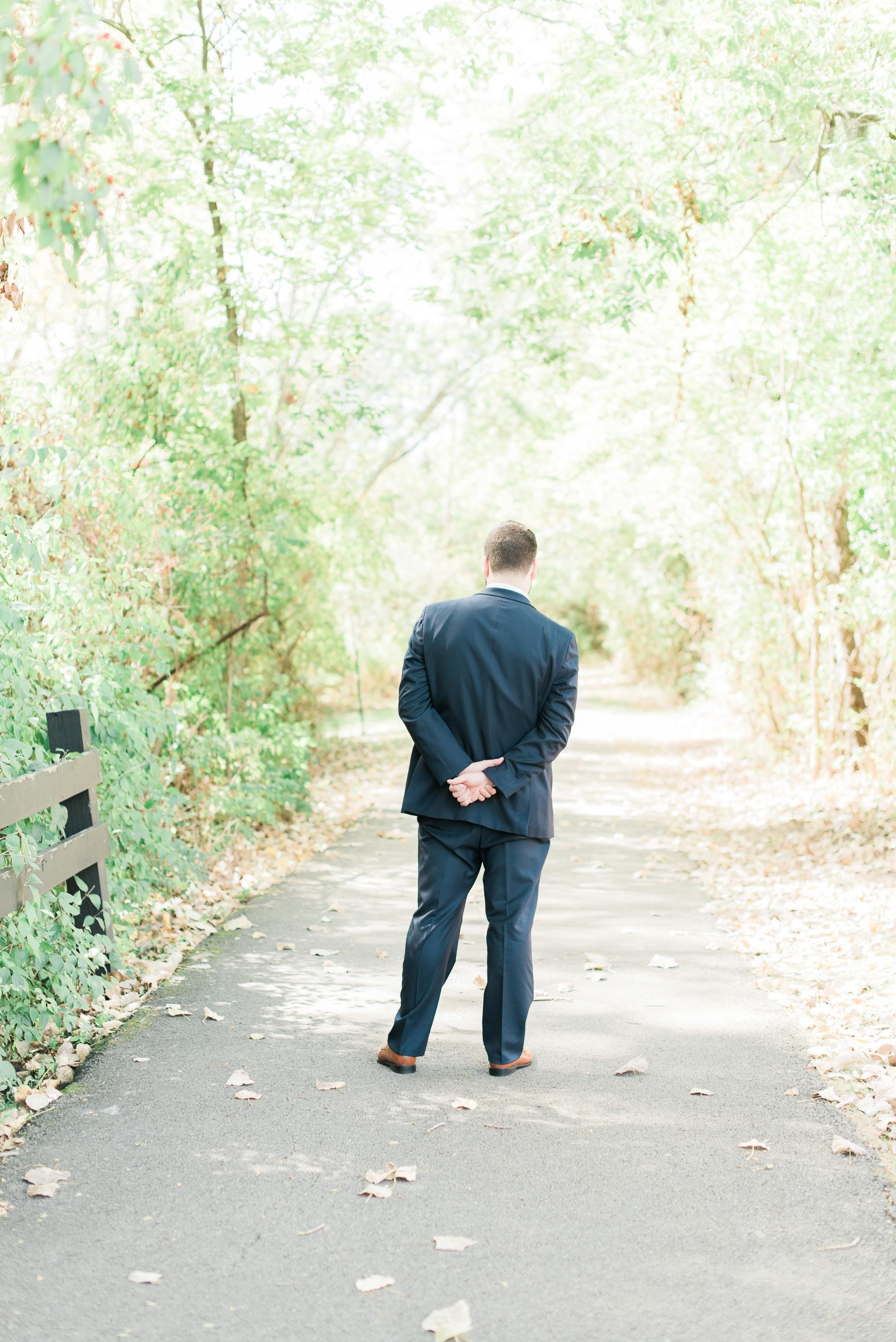 aladdin-shrine-center-wedding-grove-city-ohio-amber-jared_0027.jpg