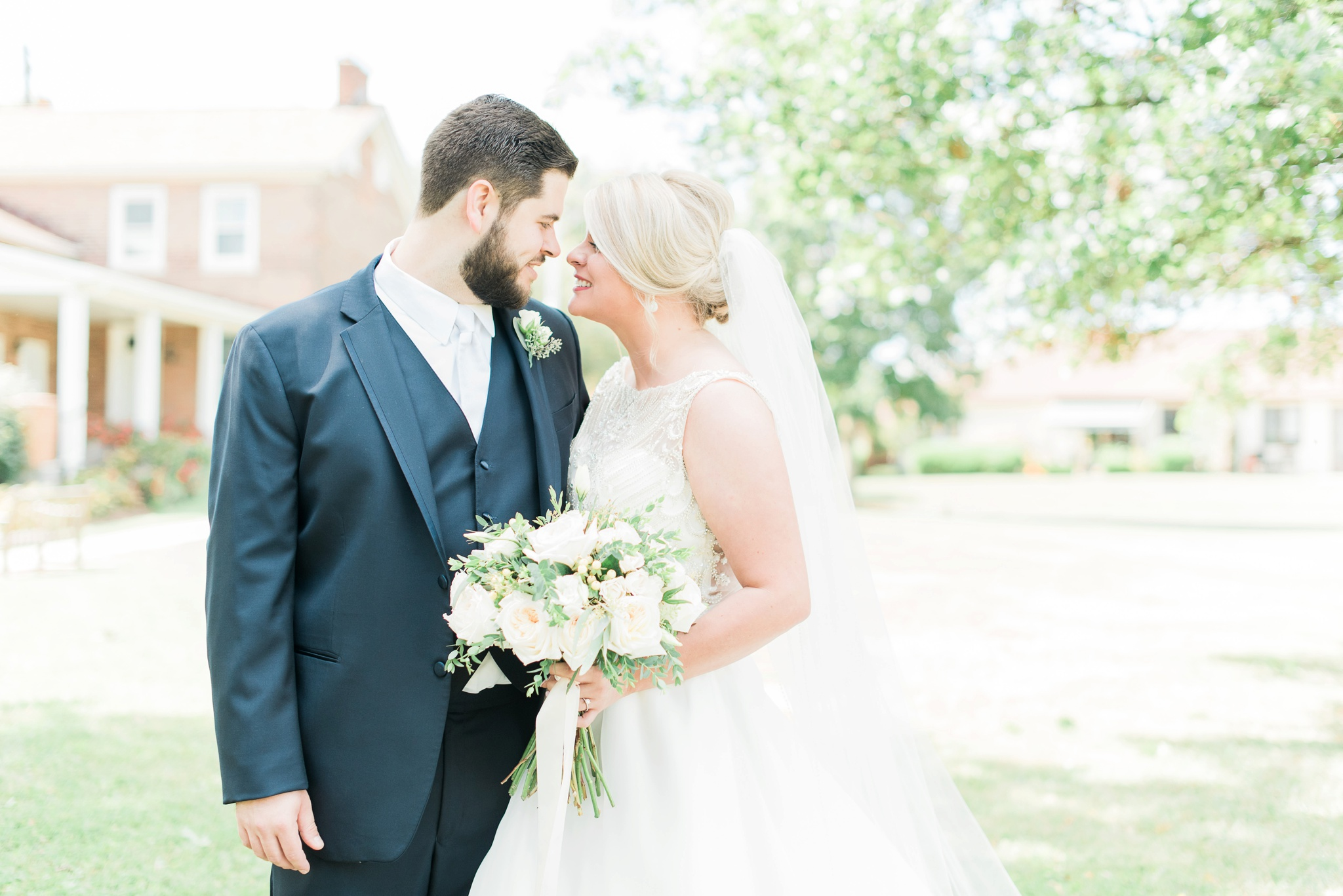 aladdin-shrine-center-wedding-grove-city-ohio-amber-jared_0042.jpg