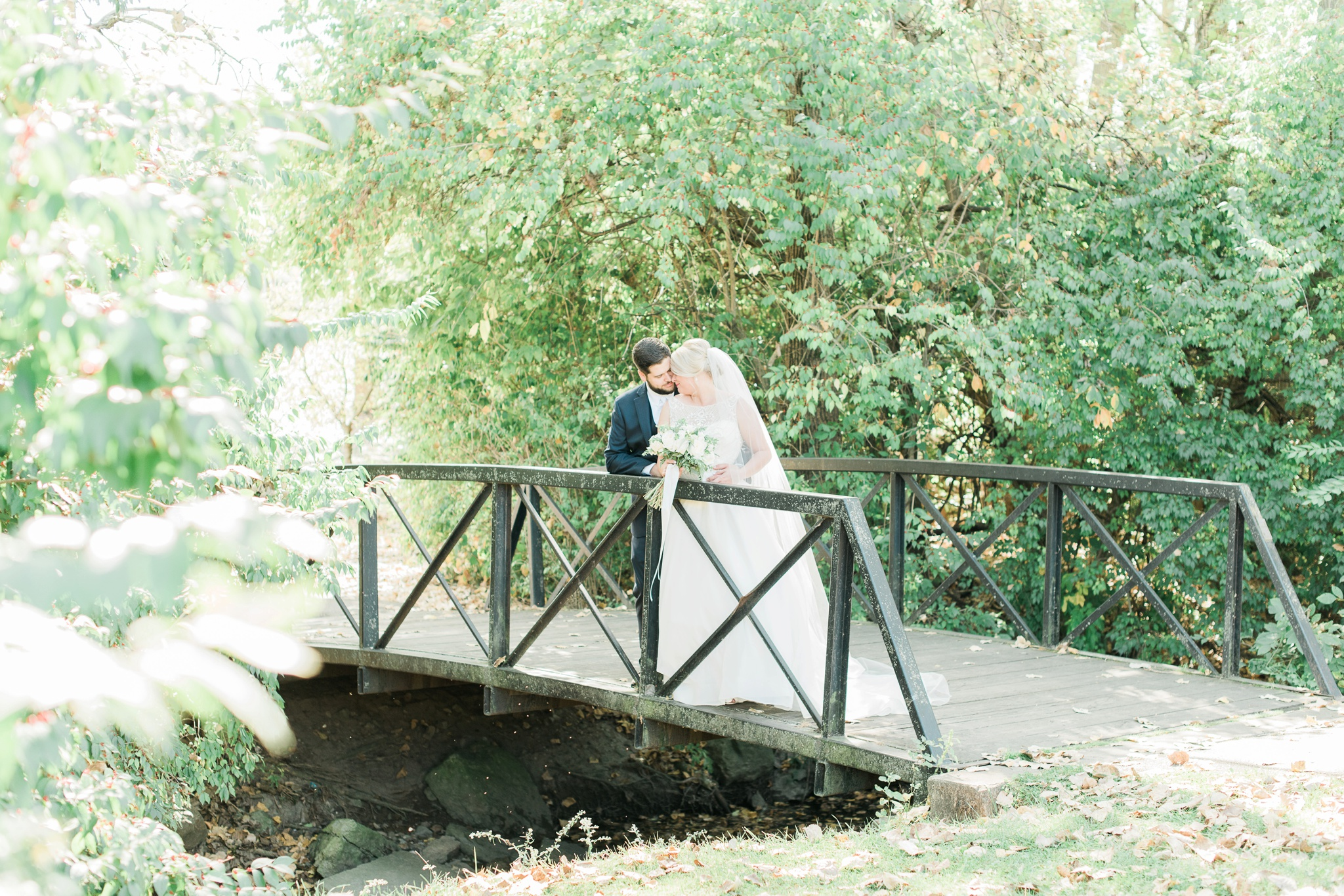 aladdin-shrine-center-wedding-grove-city-ohio-amber-jared_0081.jpg