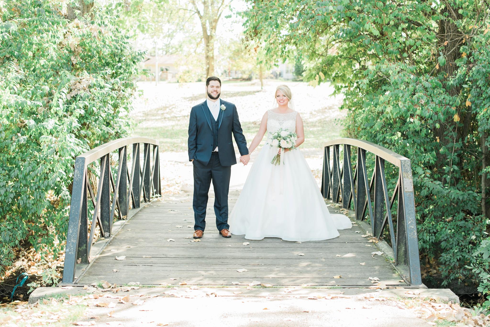 aladdin-shrine-center-wedding-grove-city-ohio-amber-jared_0083.jpg