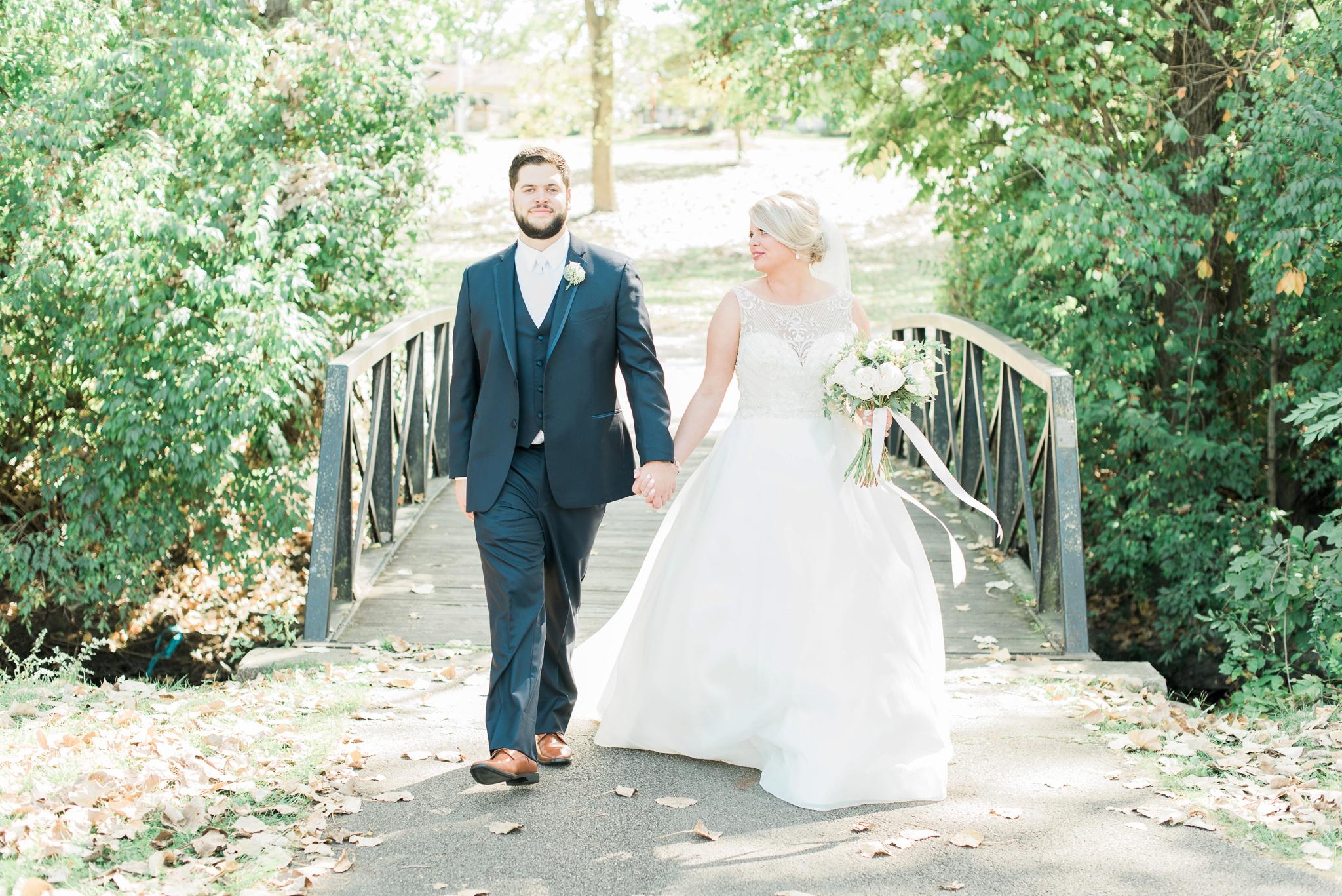 aladdin-shrine-center-wedding-grove-city-ohio-amber-jared_0086.jpg