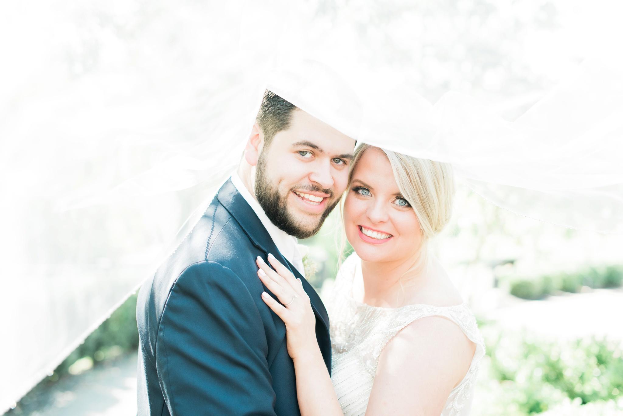 aladdin-shrine-center-wedding-grove-city-ohio-amber-jared_0100.jpg
