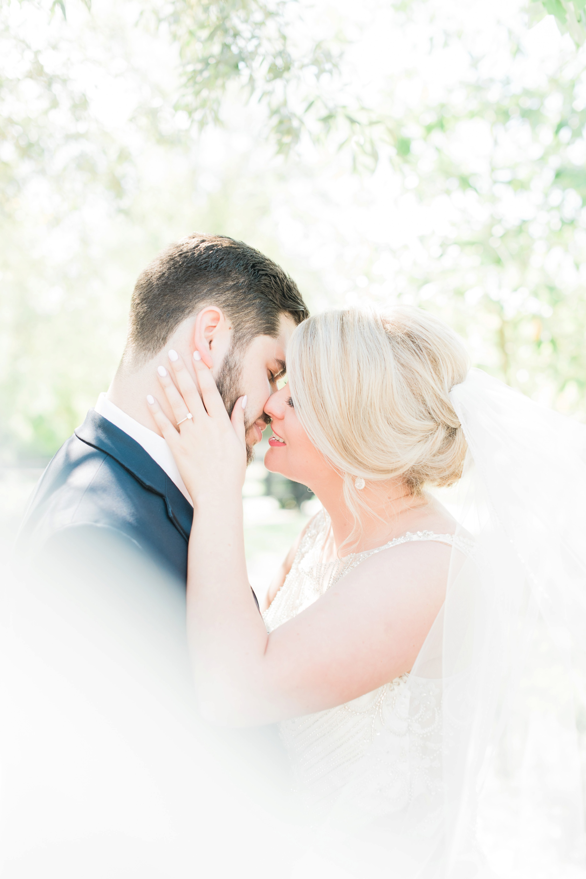 aladdin-shrine-center-wedding-grove-city-ohio-amber-jared_0102.jpg