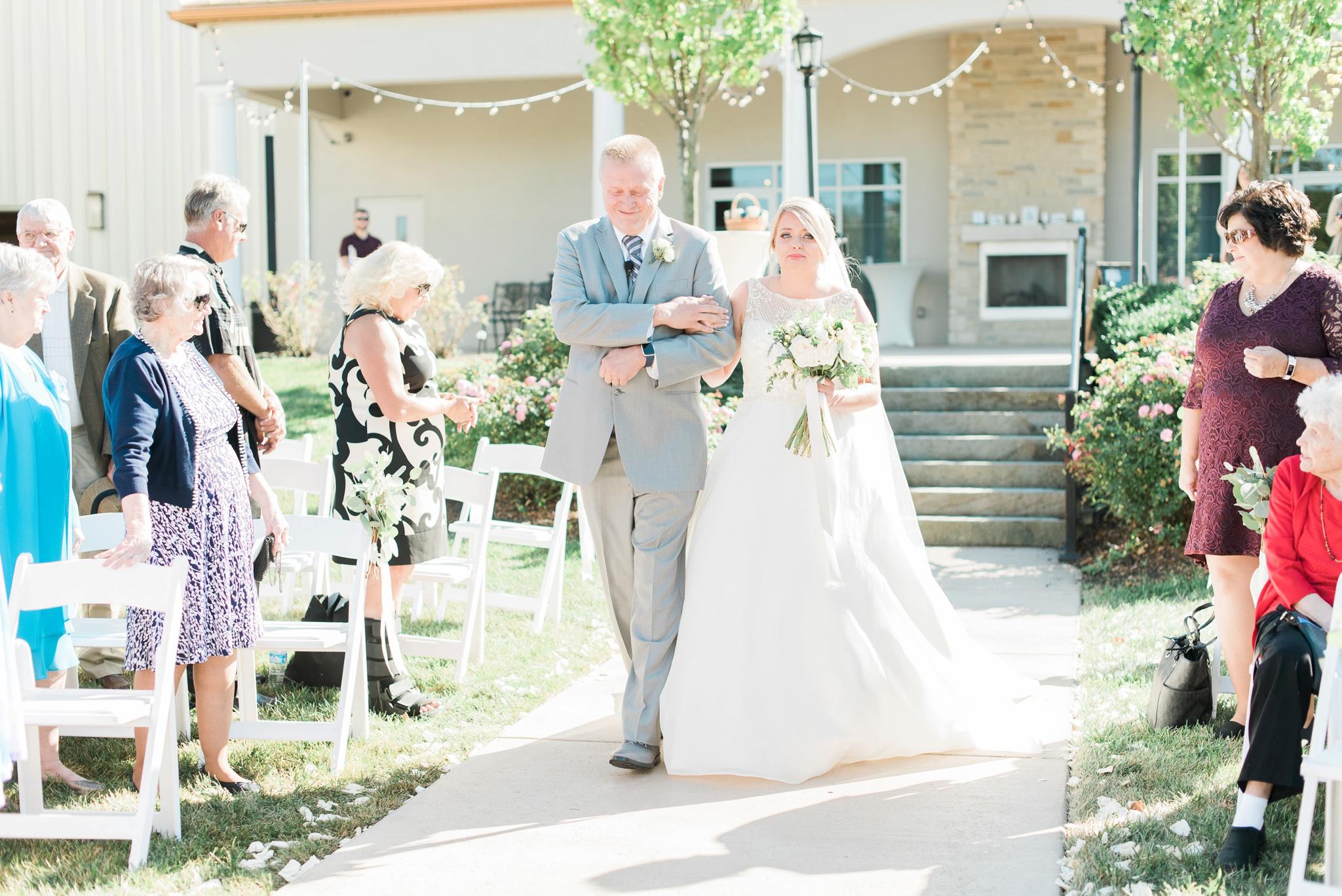 aladdin-shrine-center-wedding-grove-city-ohio-amber-jared_0107.jpg