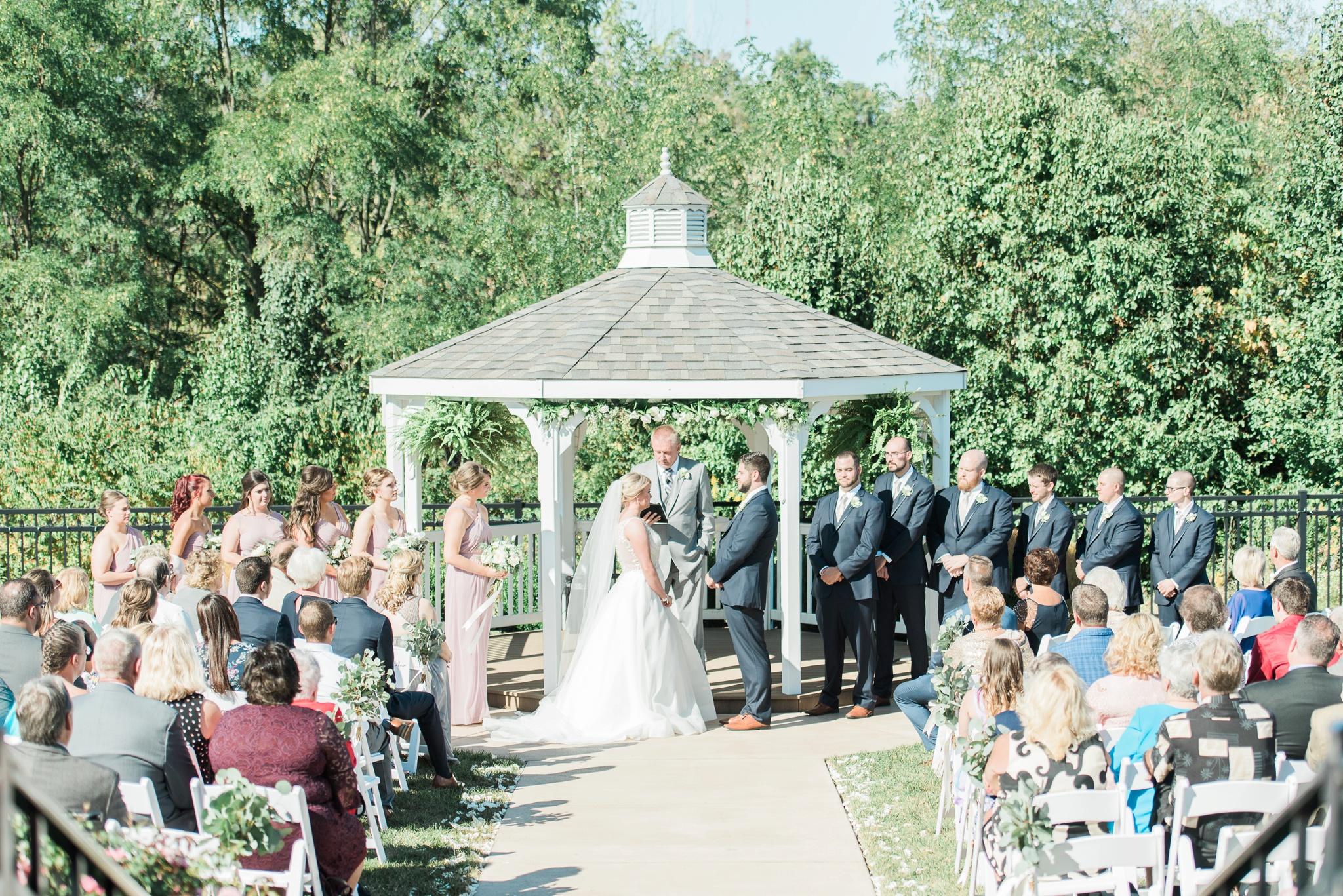 aladdin-shrine-center-wedding-grove-city-ohio-amber-jared_0108.jpg