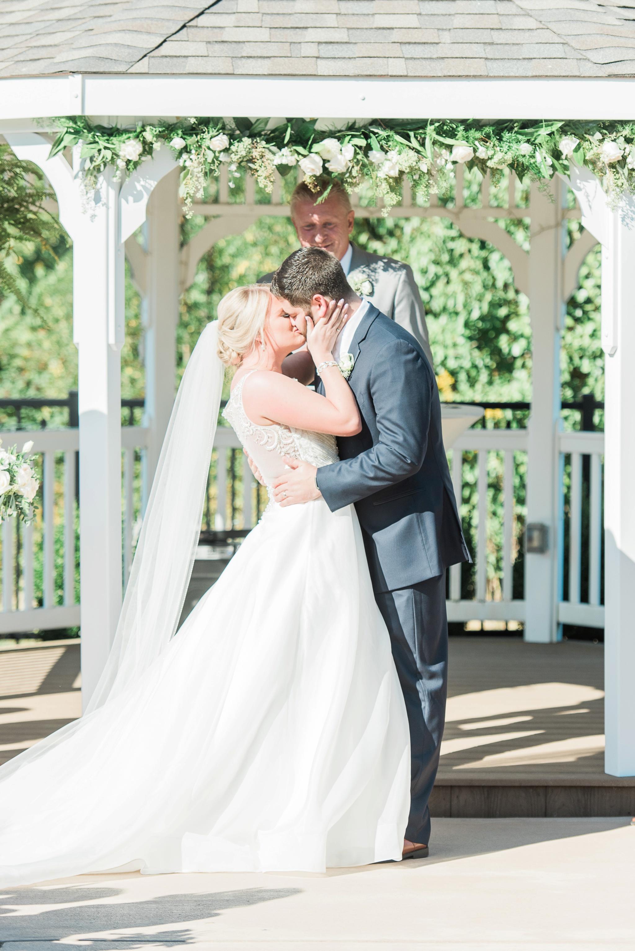 aladdin-shrine-center-wedding-grove-city-ohio-amber-jared_0112.jpg