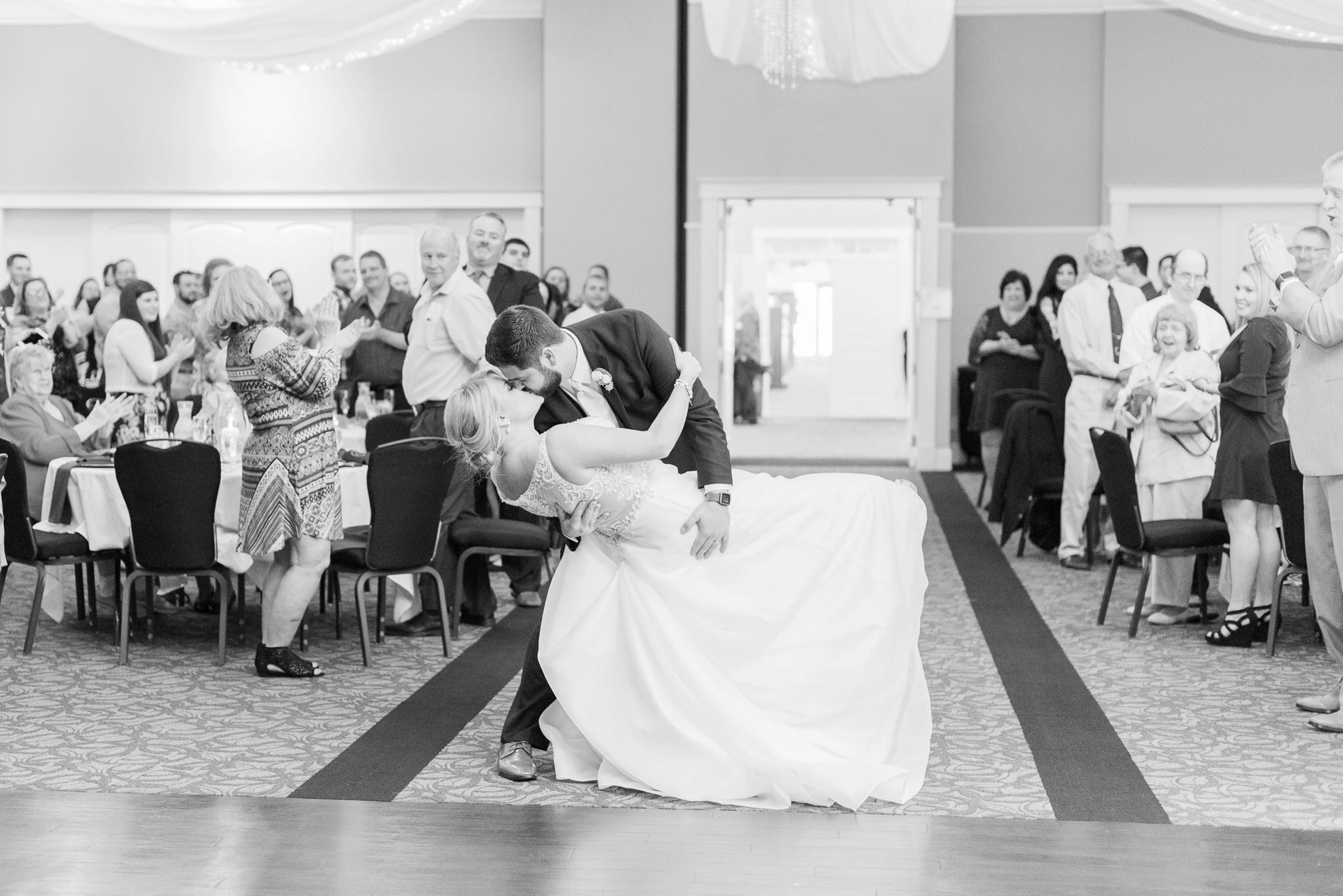 aladdin-shrine-center-wedding-grove-city-ohio-amber-jared_0125.jpg