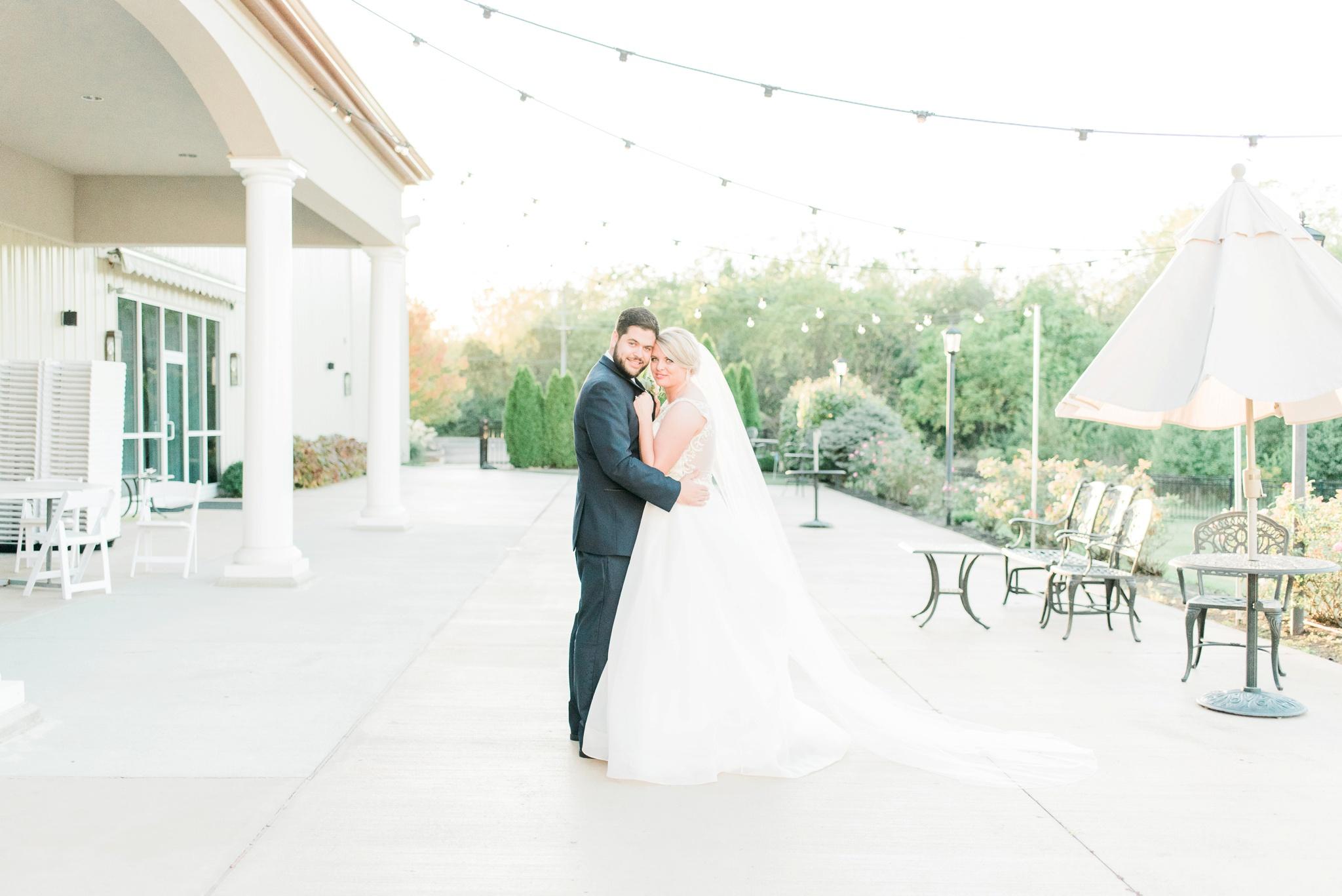 aladdin-shrine-center-wedding-grove-city-ohio-amber-jared_0136.jpg