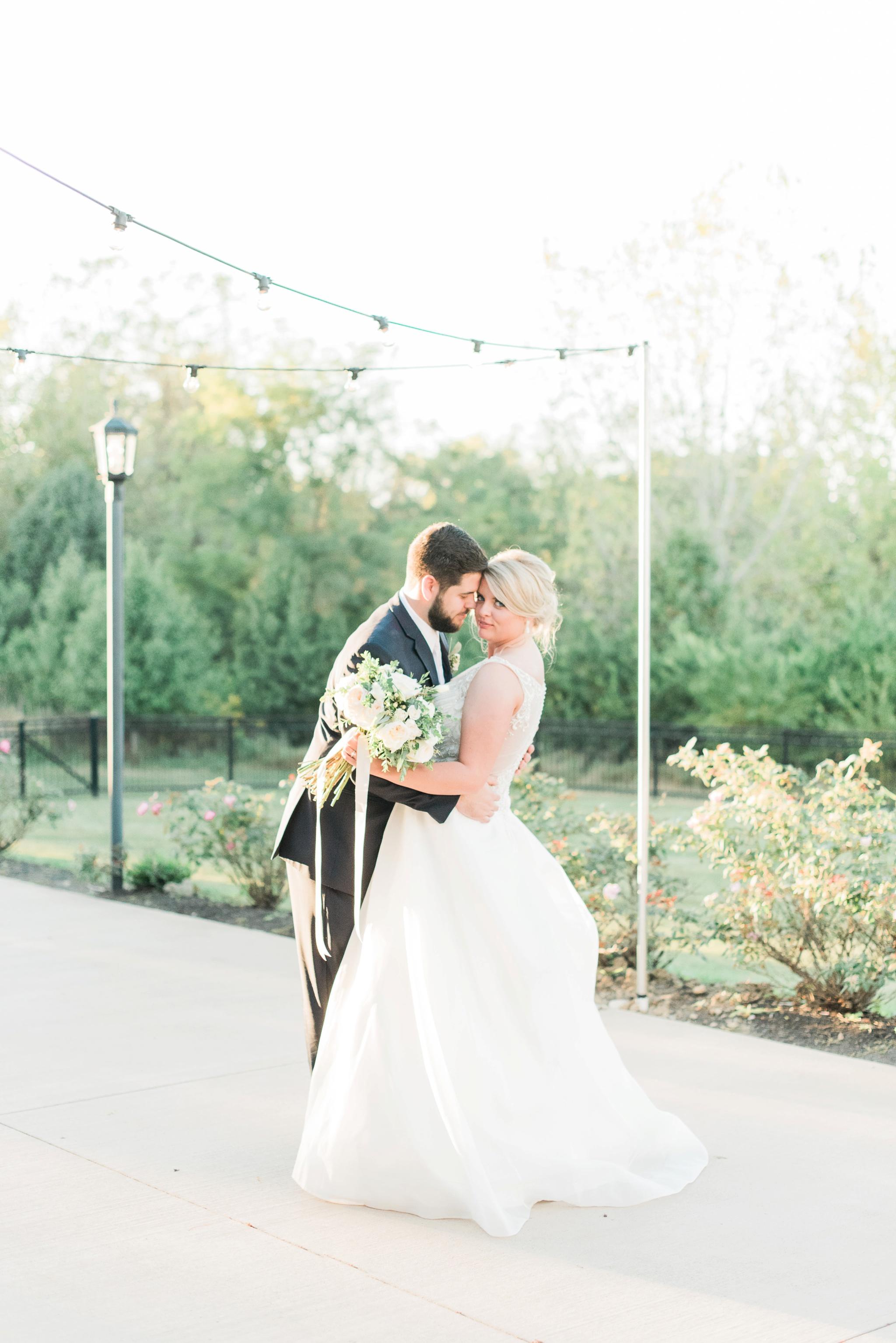 aladdin-shrine-center-wedding-grove-city-ohio-amber-jared_0135.jpg