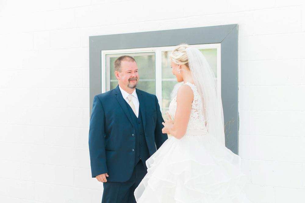 blessings-farmstead-wedding-lancaster-ohio-whitney-colby_0076.jpg